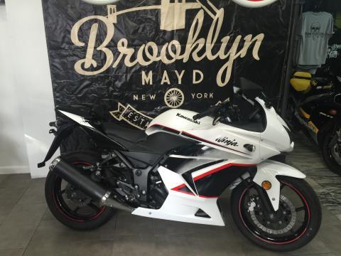2011 Kawasaki ninja 250 in Brooklyn, New York