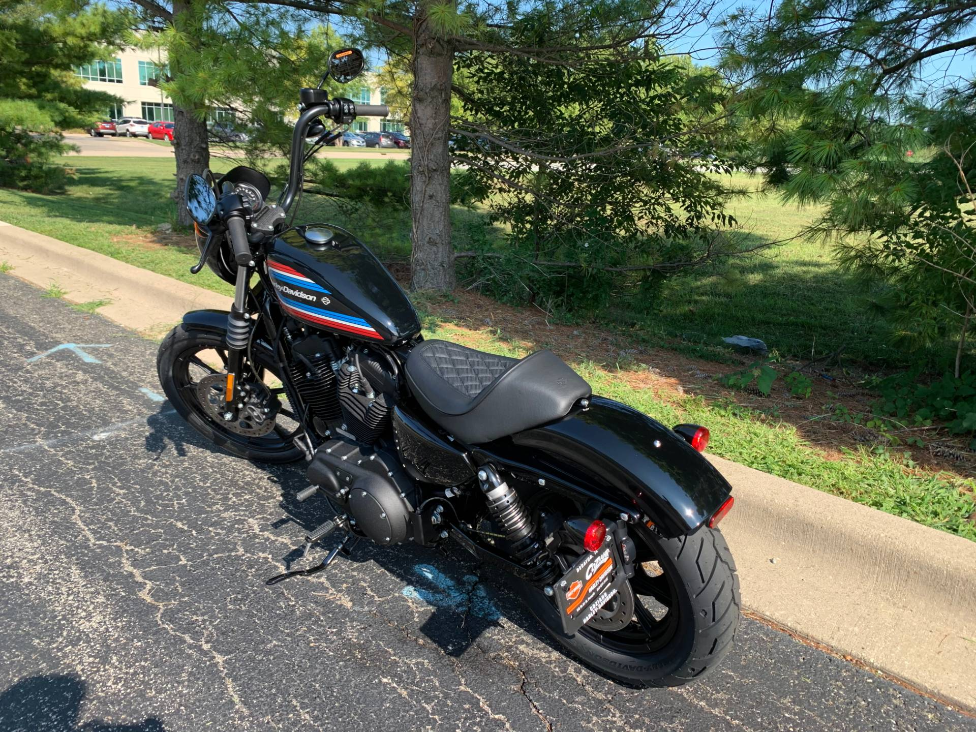 2020 Harley-Davidson Iron 1200 in Forsyth, Illinois - Photo 6