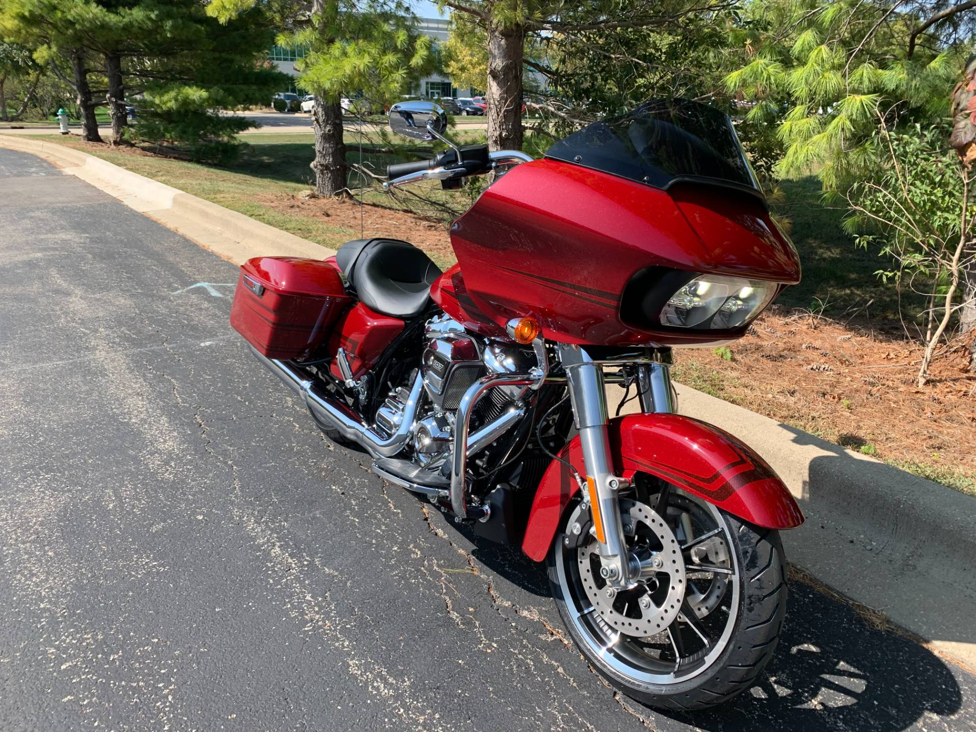 2020 Harley-Davidson Road Glide in Forsyth, Illinois - Photo 2