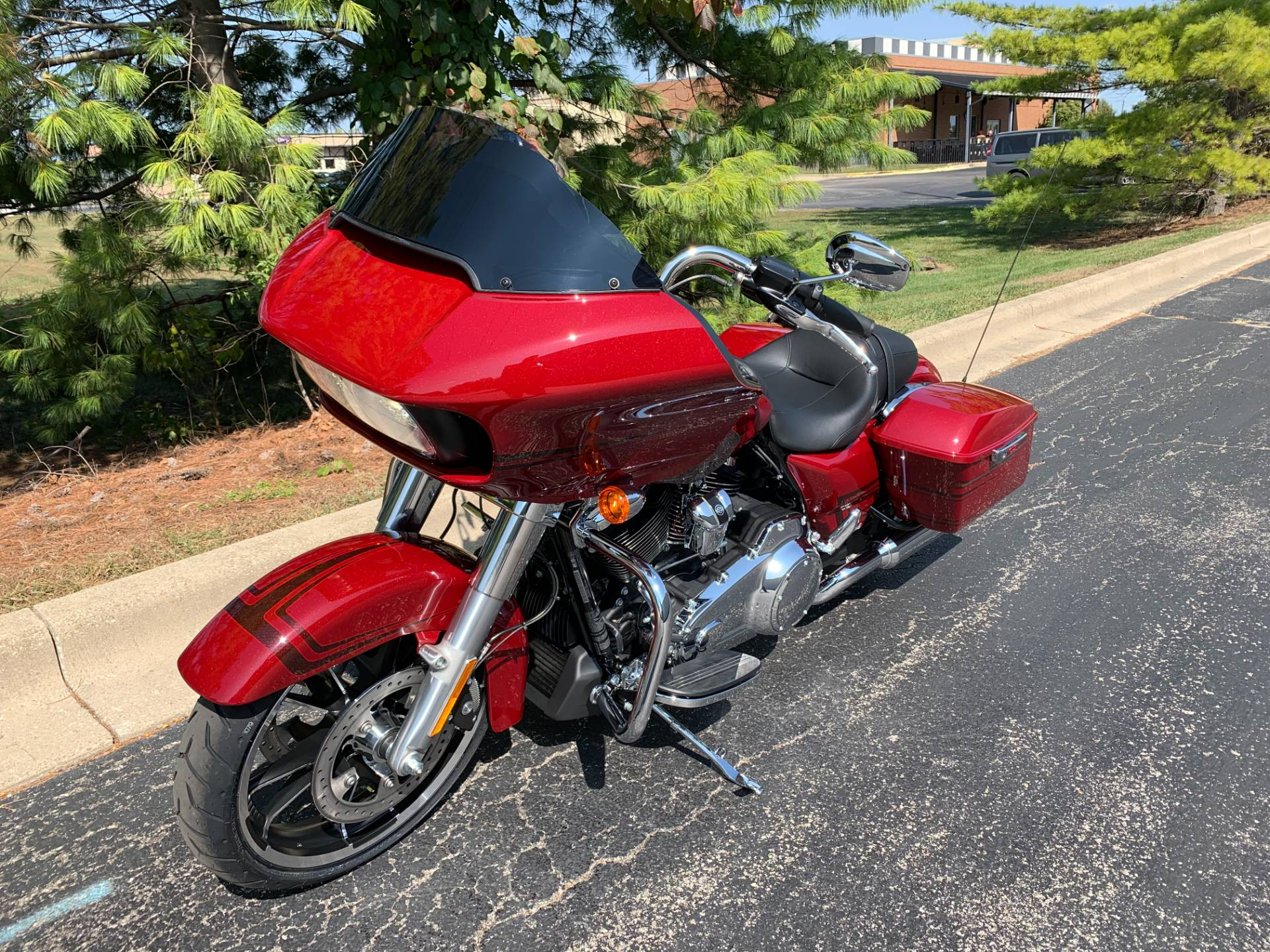 2020 Harley-Davidson Road Glide in Forsyth, Illinois - Photo 5