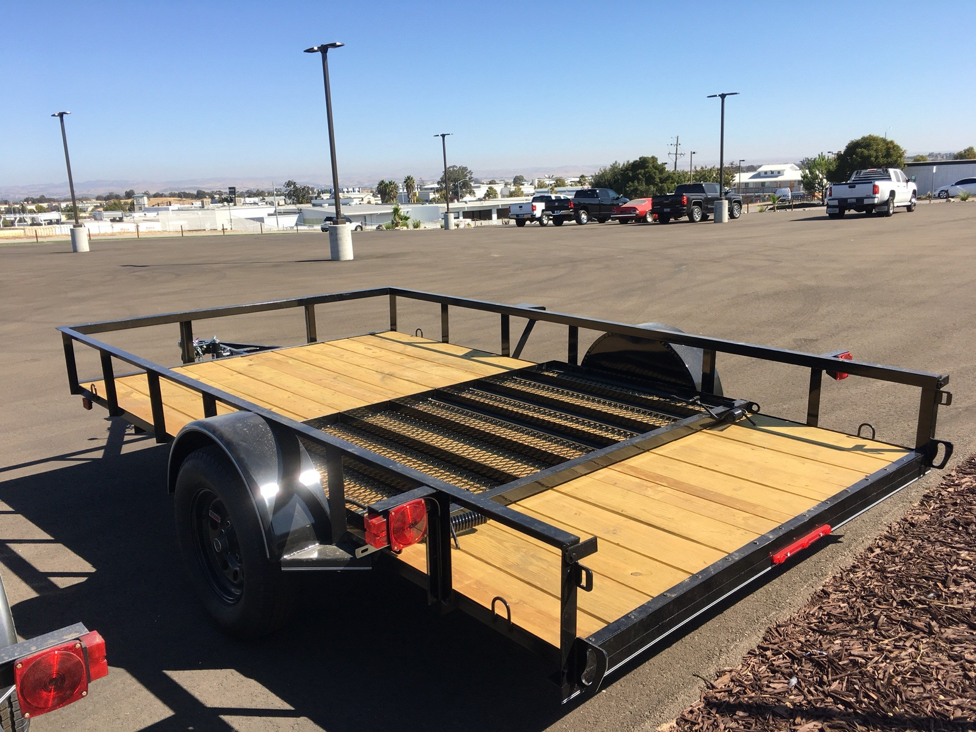 "2020 MAXXD TRAILERS 12' X 83"" SA UTILITY in Paso Robles, California - Photo 4"