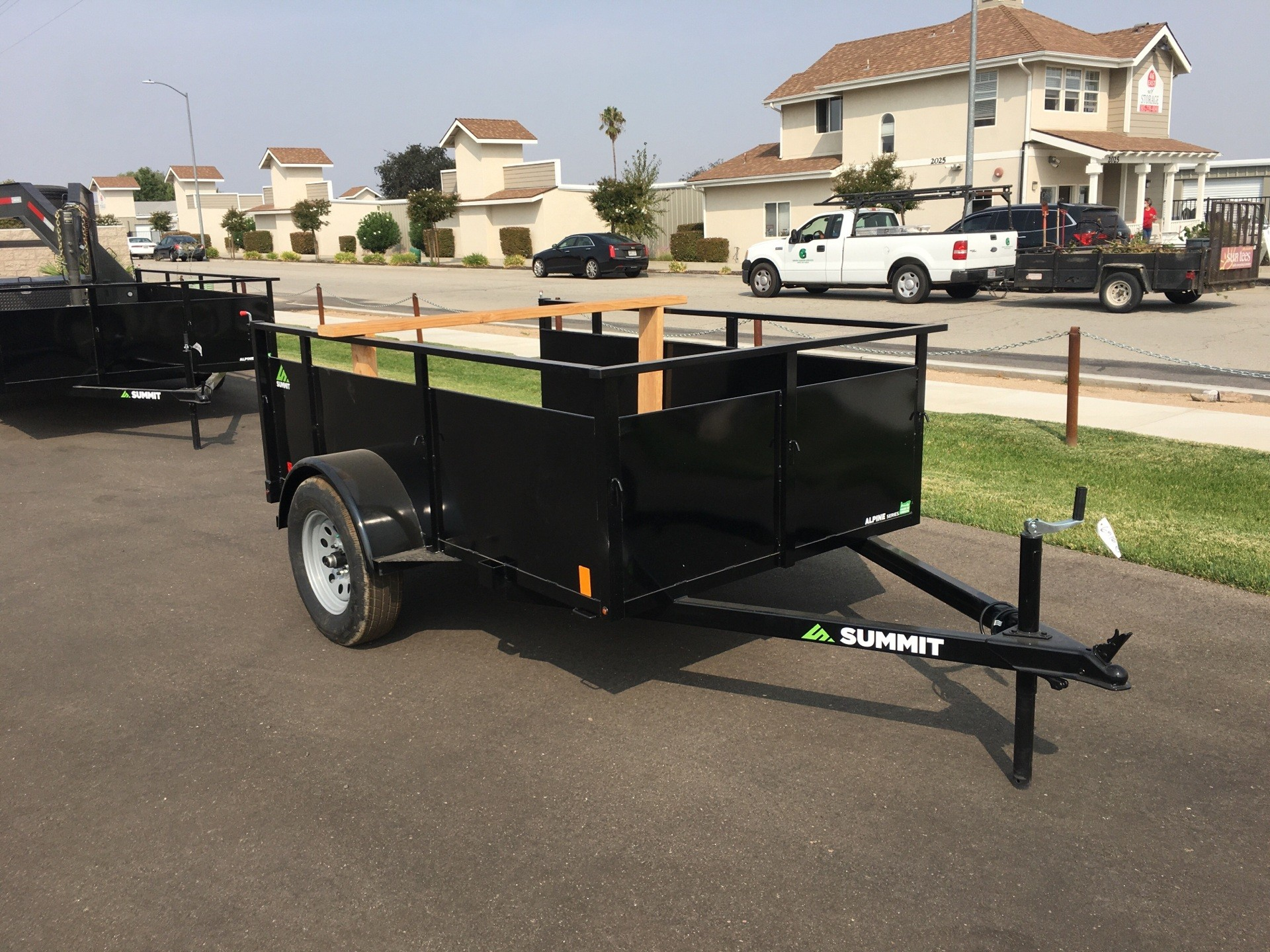 2021 SUMMIT TRAILER MFG  8' X 5' ALPINE SA UTILITY in Paso Robles, California - Photo 2