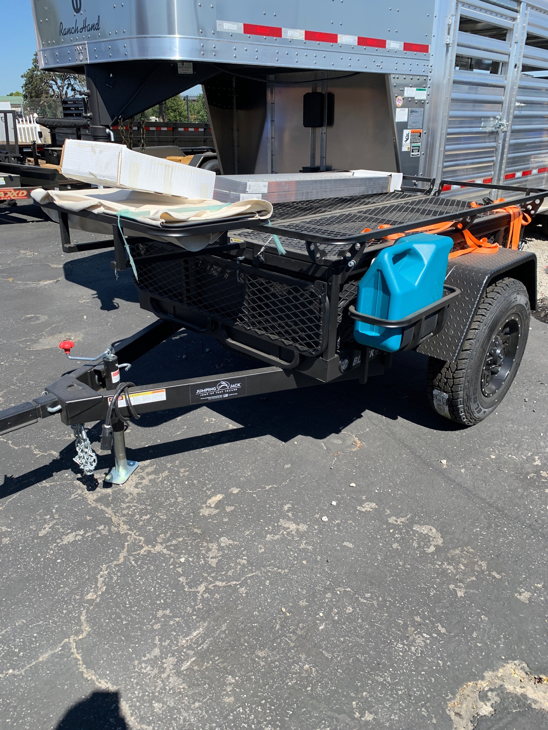 2019 JUMPING JACK TRAILERS  4x6 BLACKOUT W / 6' TENT in Paso Robles, California - Photo 1