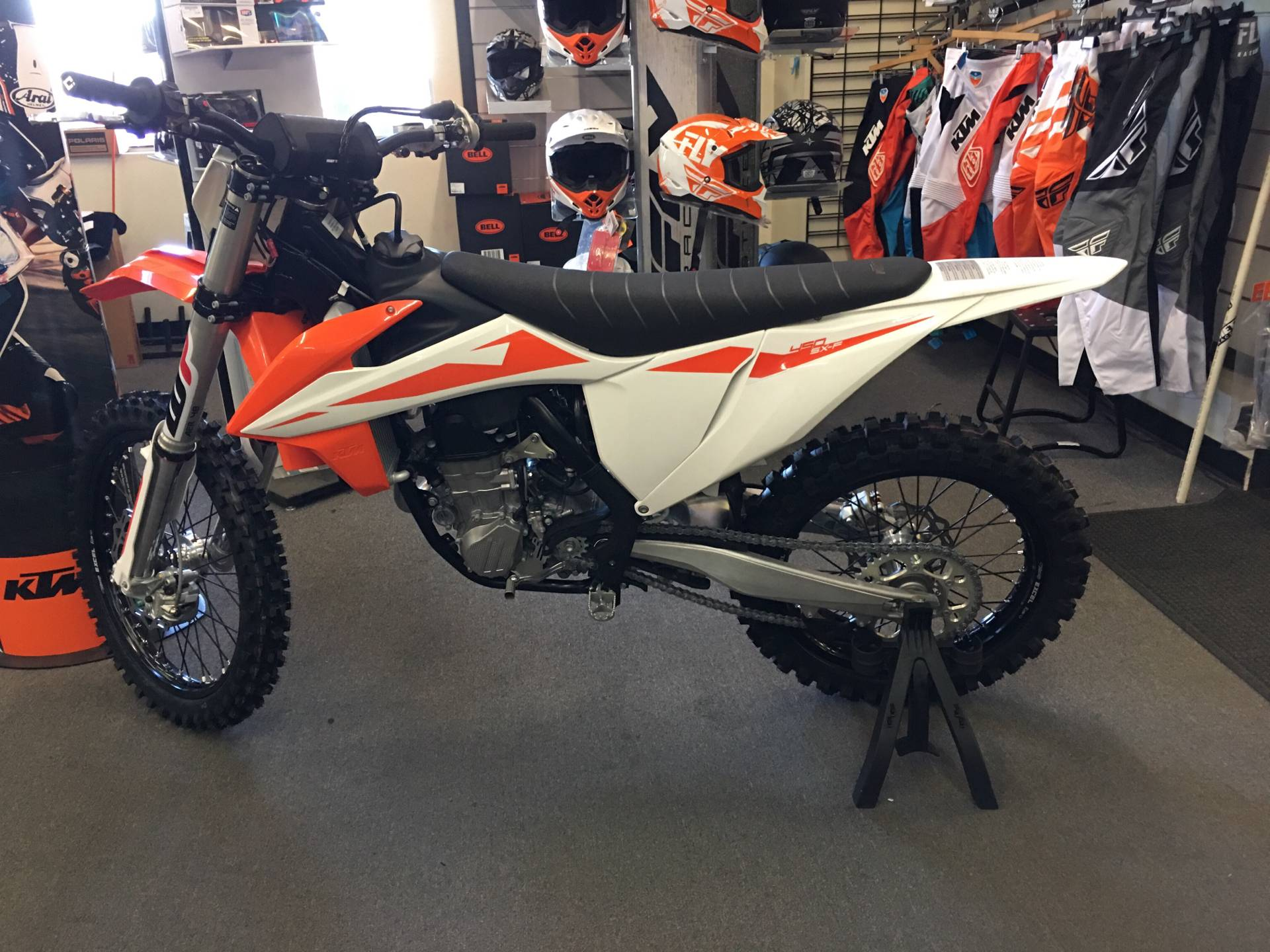 2019 KTM 450 SX-F in Paso Robles, California - Photo 2