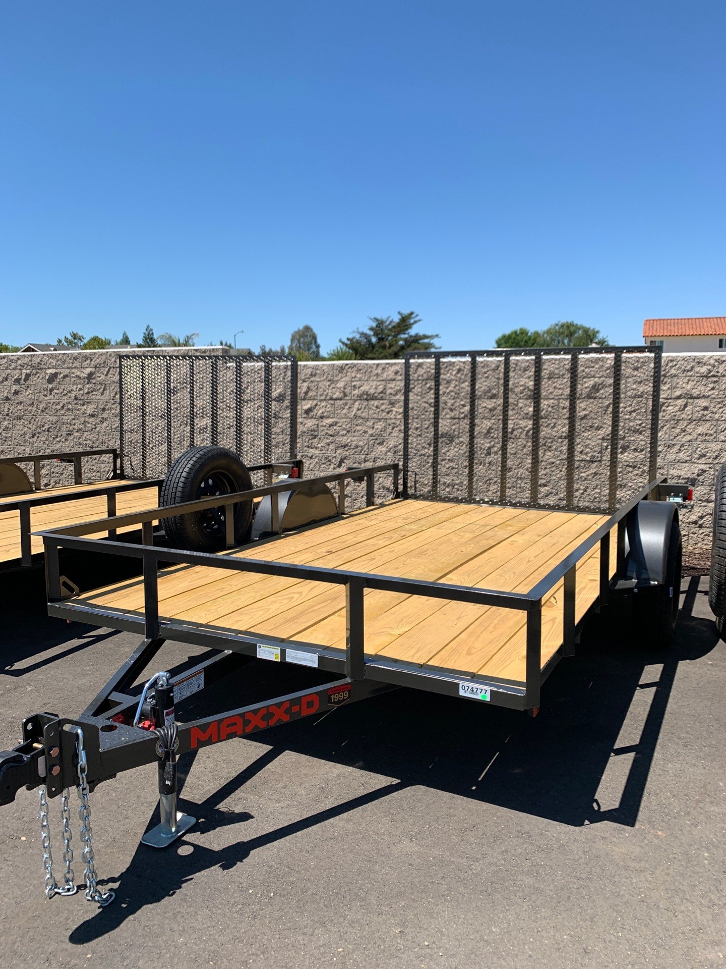"2021 MAXXD TRAILERS 12' X 83"" SA UTILITY TRAILER in Paso Robles, California - Photo 2"