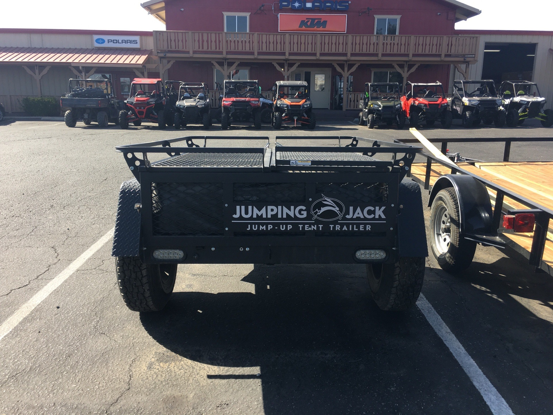 2018 JUMPING JACK TRAILERS  4X6 B;ACLOUT WITH 6' TENT in Paso Robles, California