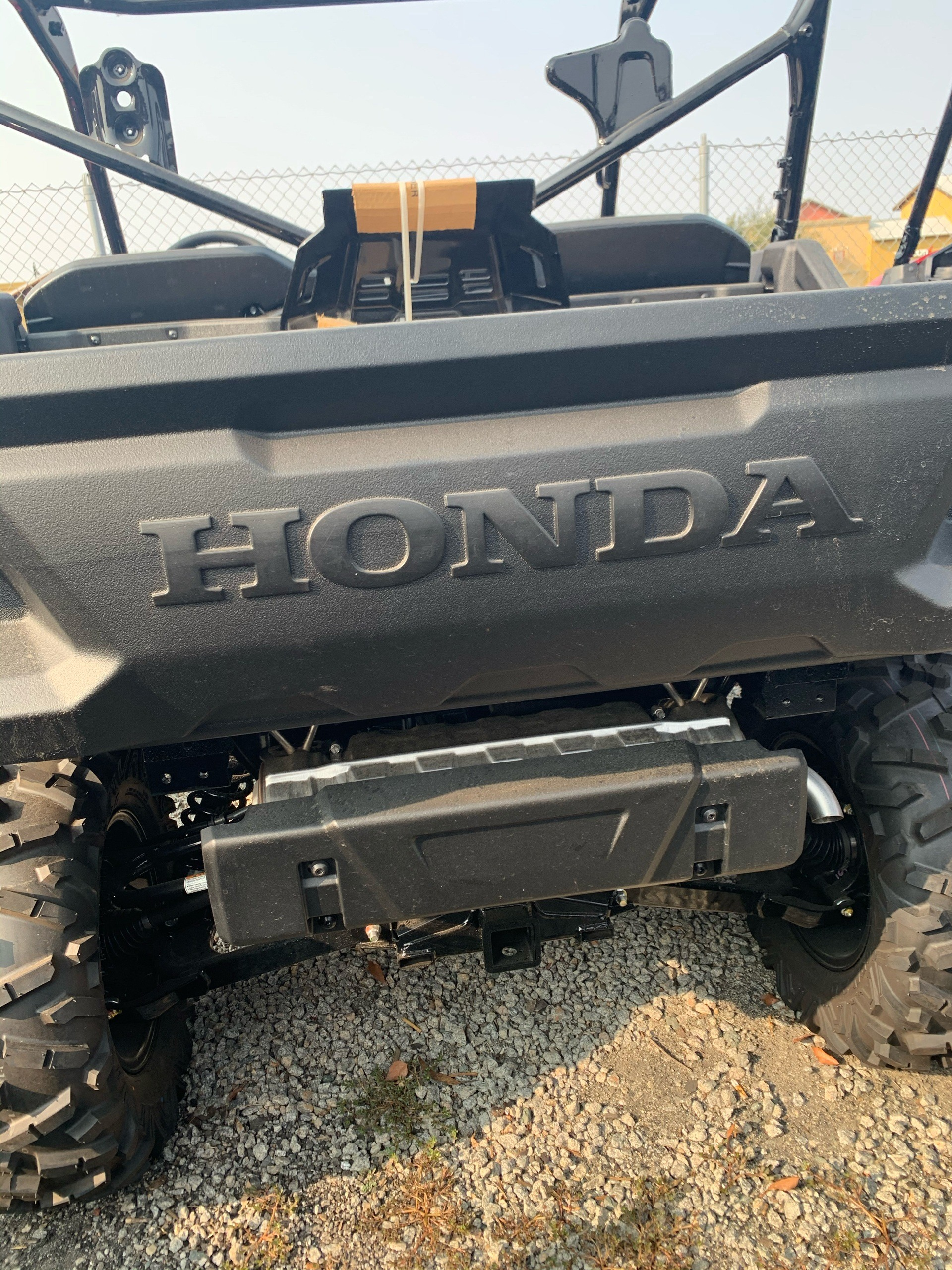 2021 Honda Pioneer 1000 Deluxe in Paso Robles, California - Photo 5