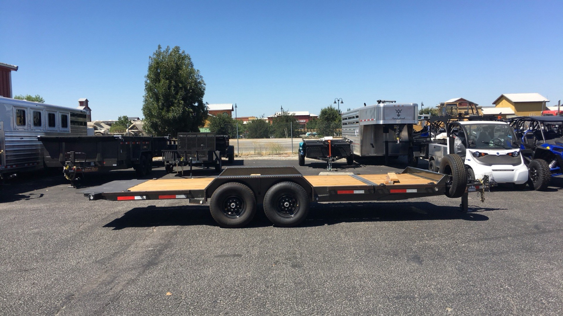 "2019 MAXXD TRAILERS 20' X 83"" 6"" GRAVITY TILT in Paso Robles, California - Photo 1"