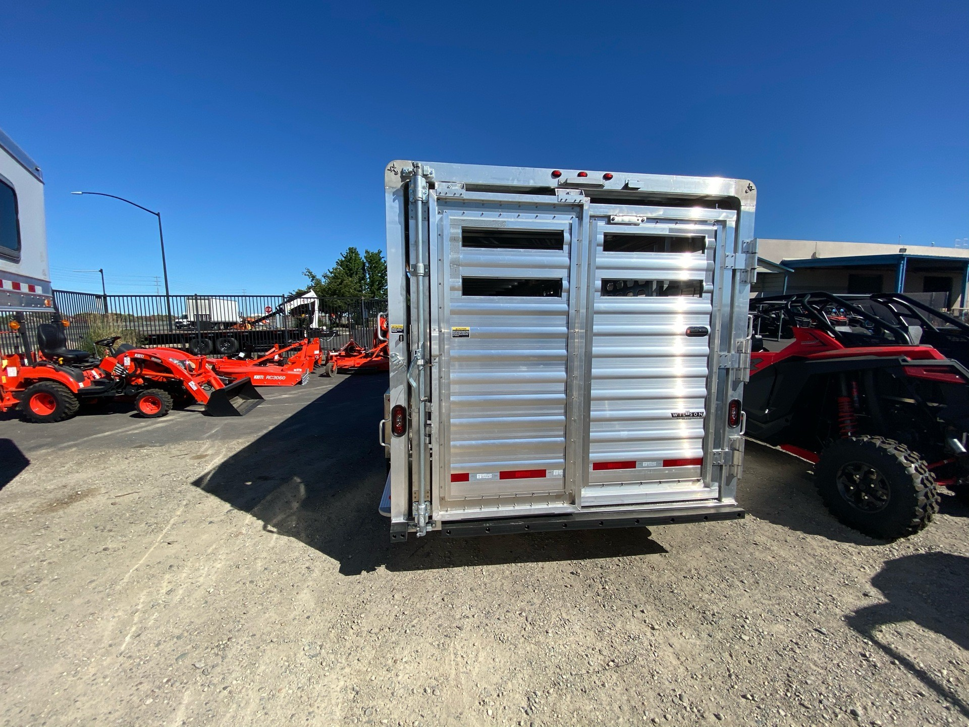 2021 Wilson Trailer - Manufacturers 24' RANCH HAND SLAT SIDE in Elk Grove, California - Photo 25
