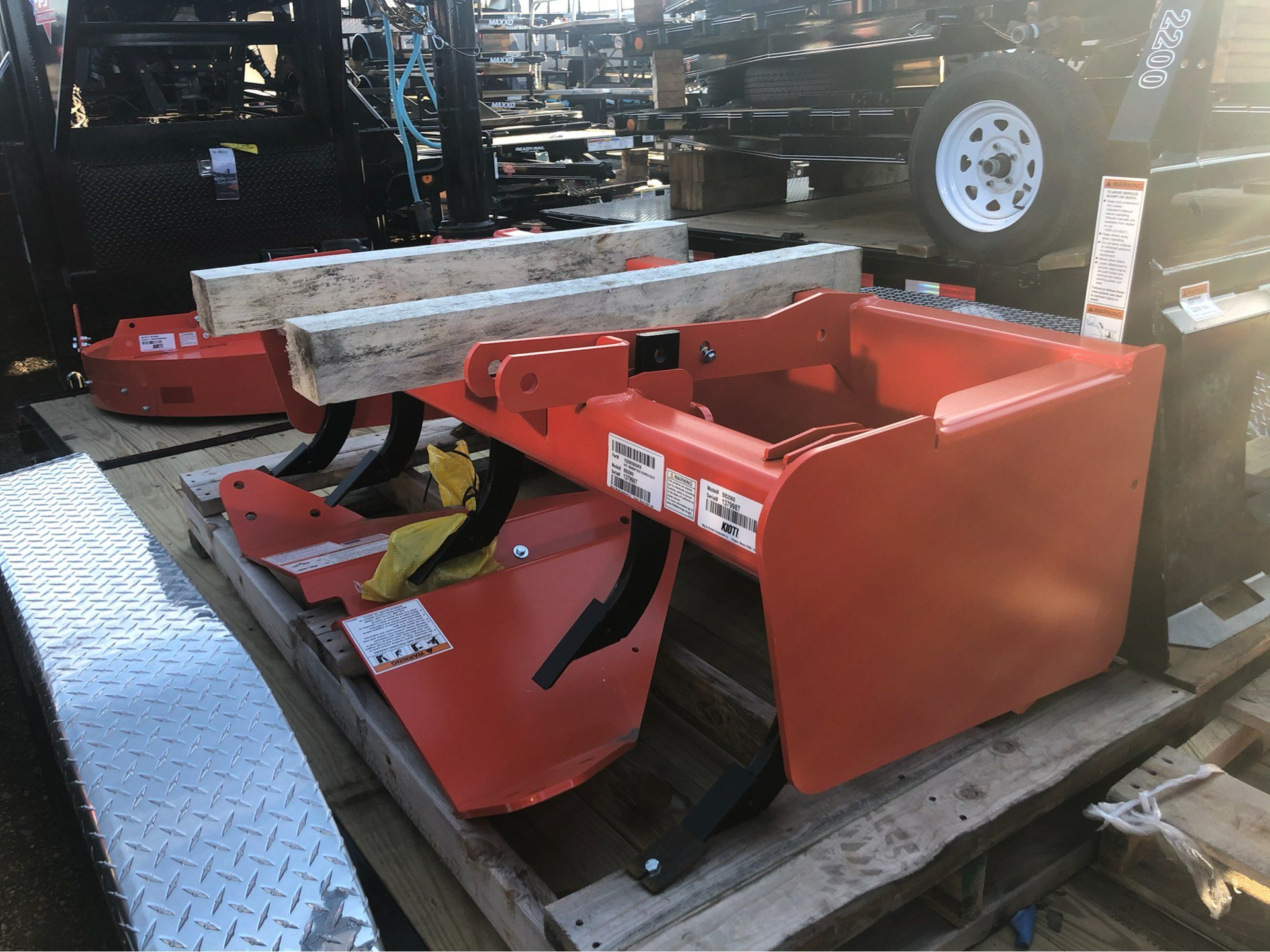 "2019 KIOTI STANDARD-DUTY 60"" BOX SCRAPER in Elk Grove, California - Photo 3"