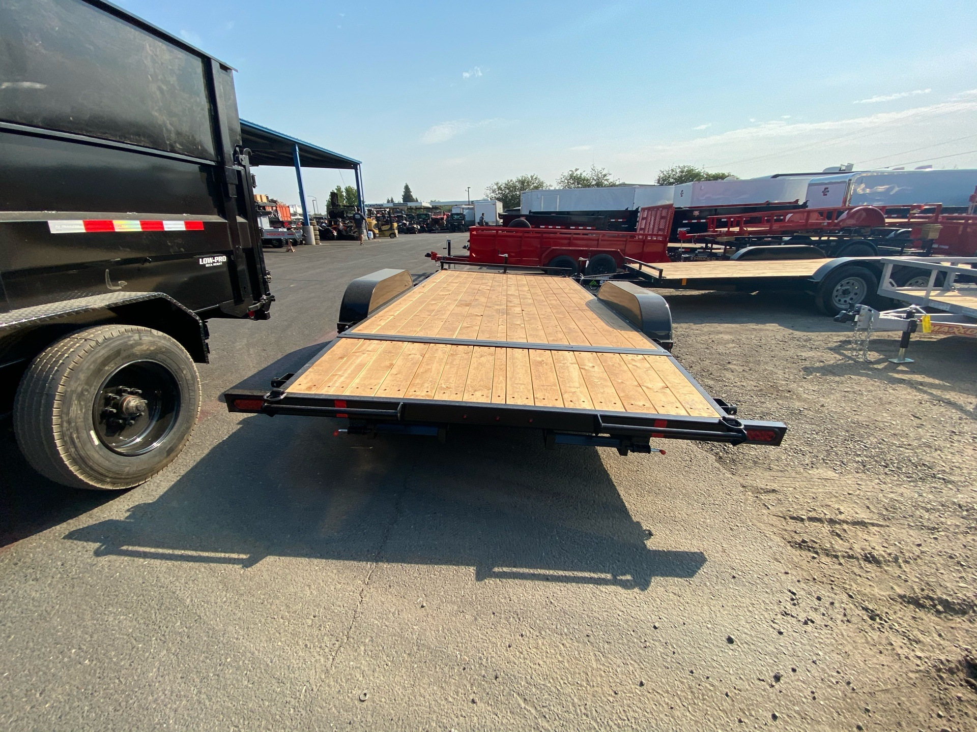 2021 SUMMIT TRAILER MFG 16' TA UTILITY TRAILER in Elk Grove, California - Photo 10
