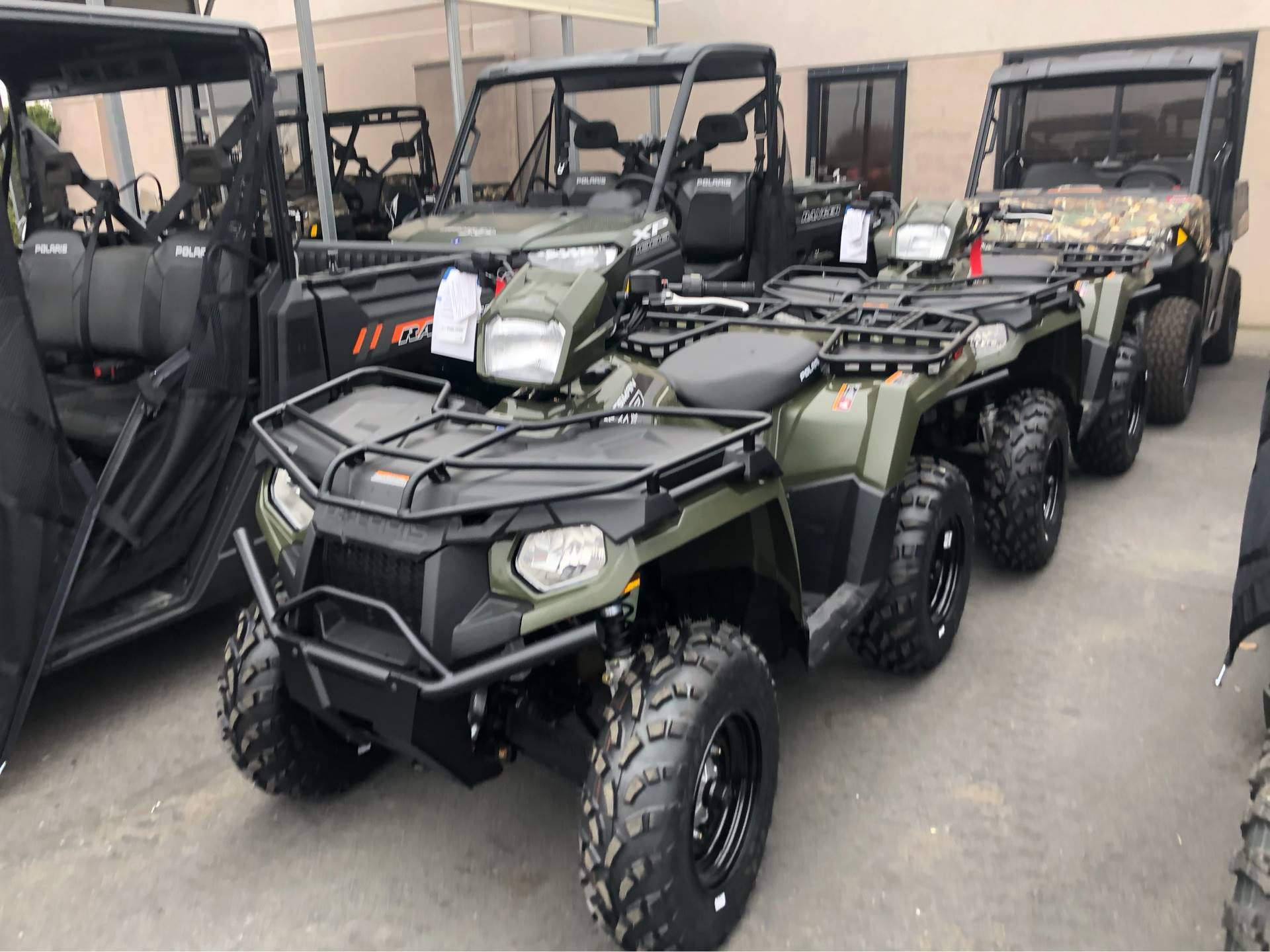 2020 Polaris Sportsman 570 EPS Utility Package in Elk Grove, California - Photo 2