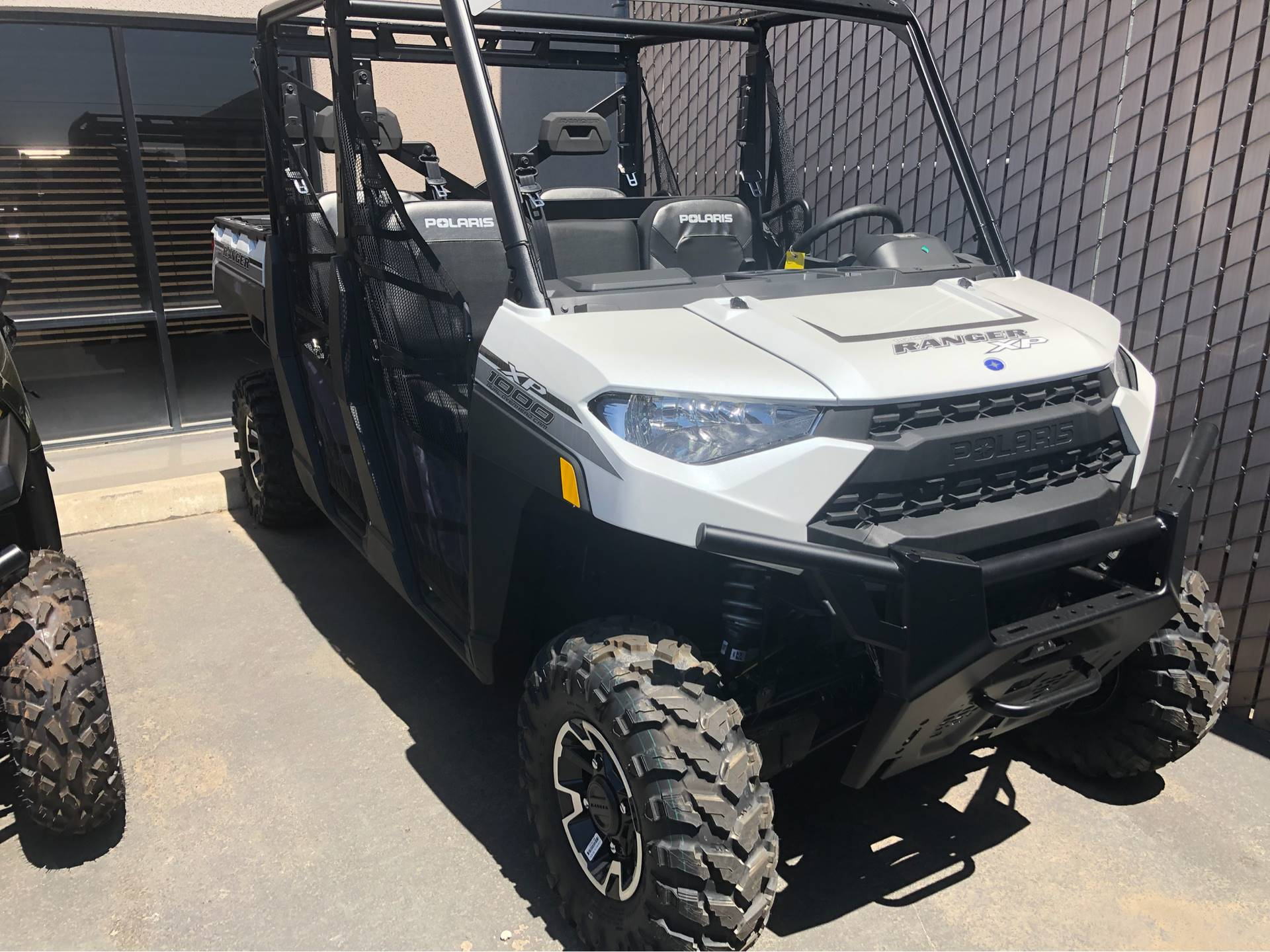 2019 Polaris Ranger Crew XP 1000 EPS Premium in Elk Grove, California - Photo 2