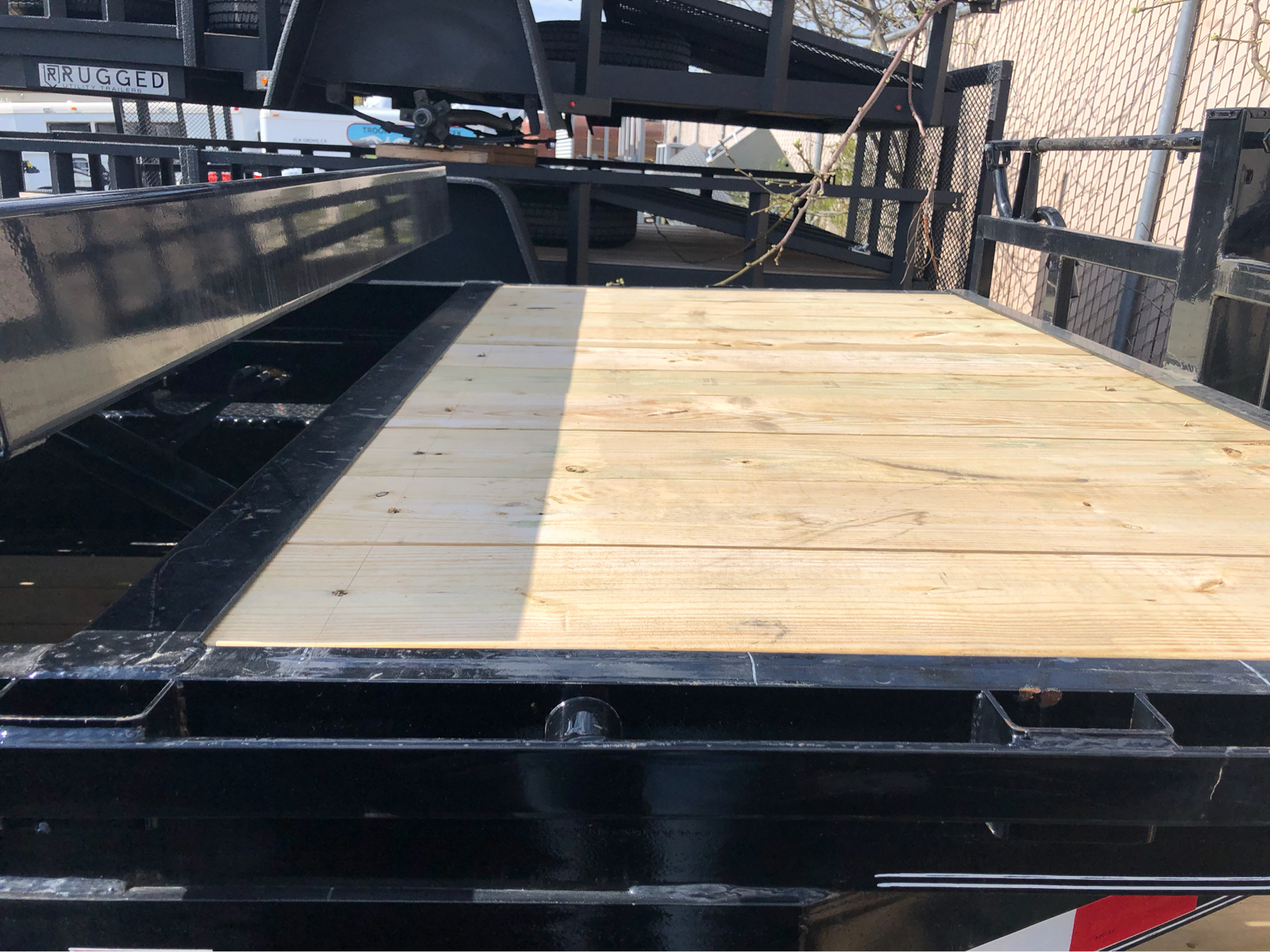 "2019 PJ Trailers 22' 6"" CHANNEL HD EQUIPMENT TILT  in Elk Grove, California - Photo 3"
