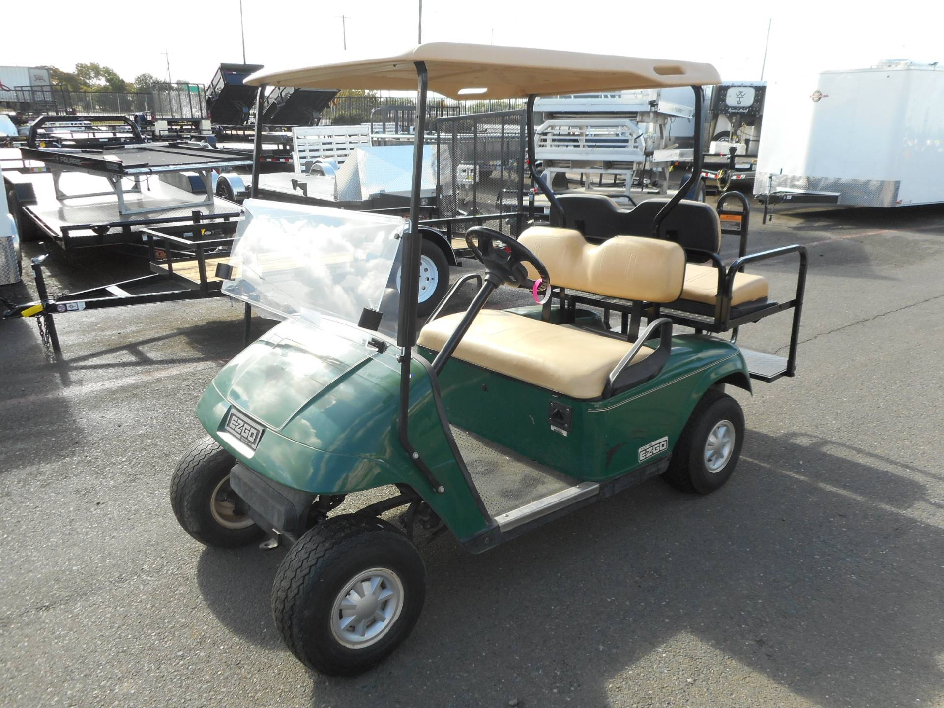 2011 E-Z GO TXT NEW BATTERIES REAR SEAT in Elk Grove, California