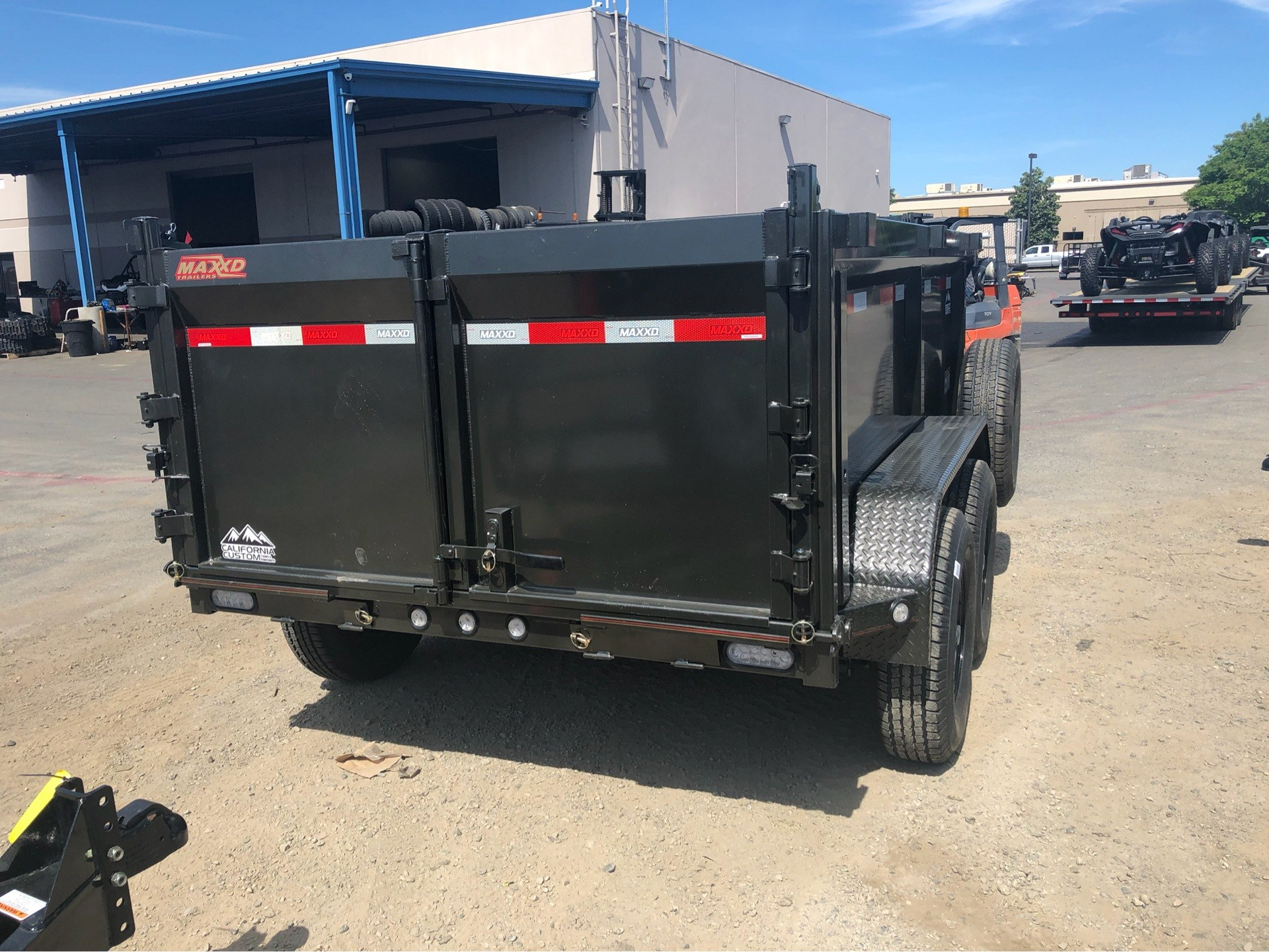 "2019 MAXXD TRAILERS 10' x 72"" DUMP TRAILER in Elk Grove, California - Photo 7"