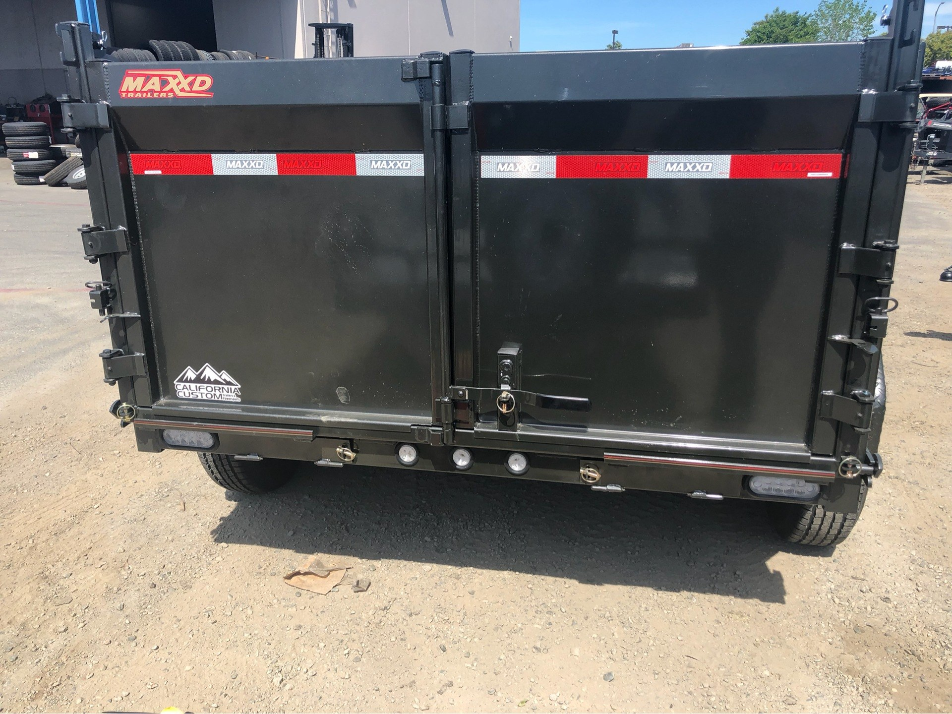 "2019 MAXXD TRAILERS 10' x 72"" DUMP TRAILER in Elk Grove, California - Photo 8"