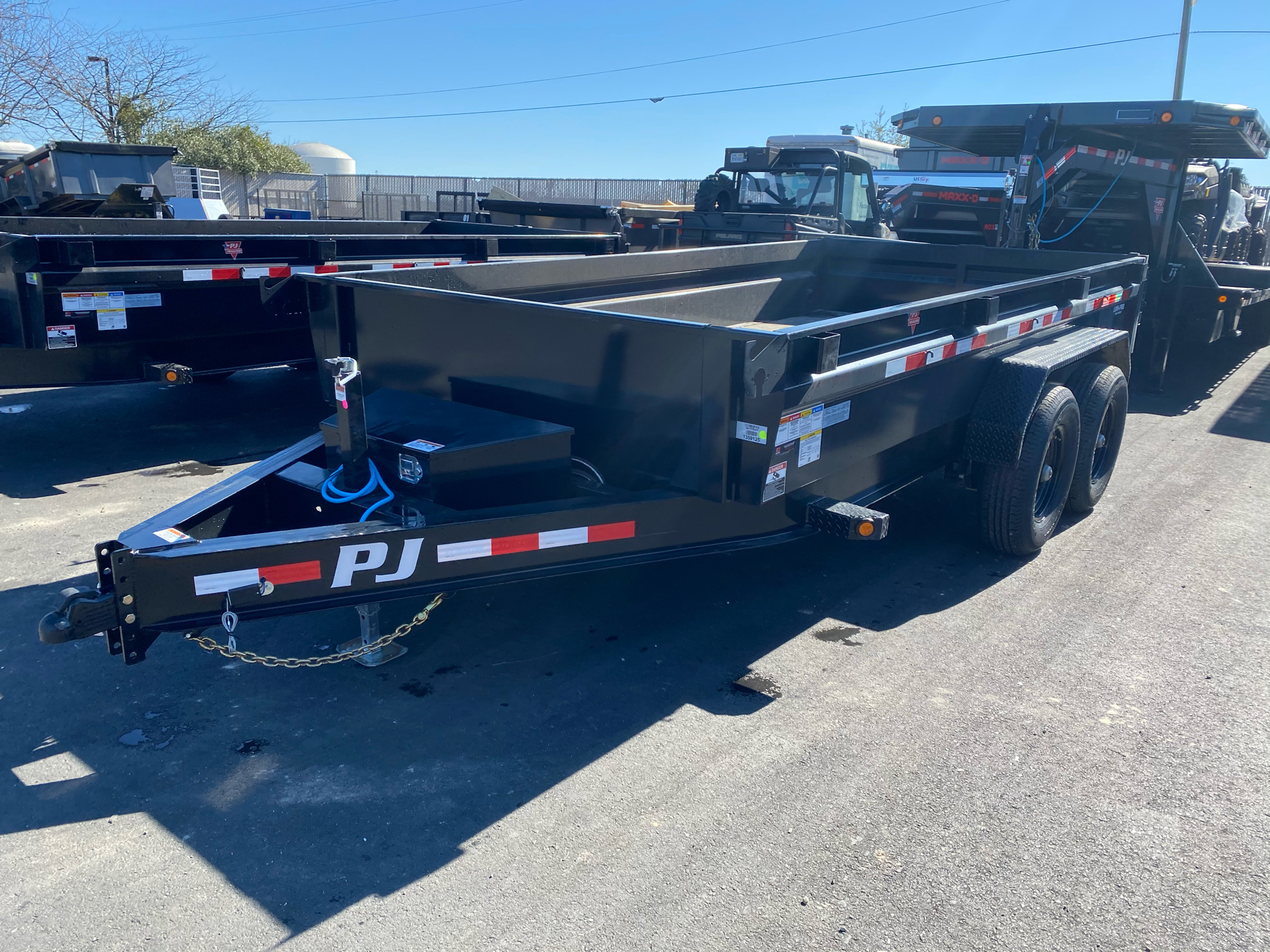 2021 PJ Trailers DG 83X14 LOW PRO DUMP in Elk Grove, California - Photo 1