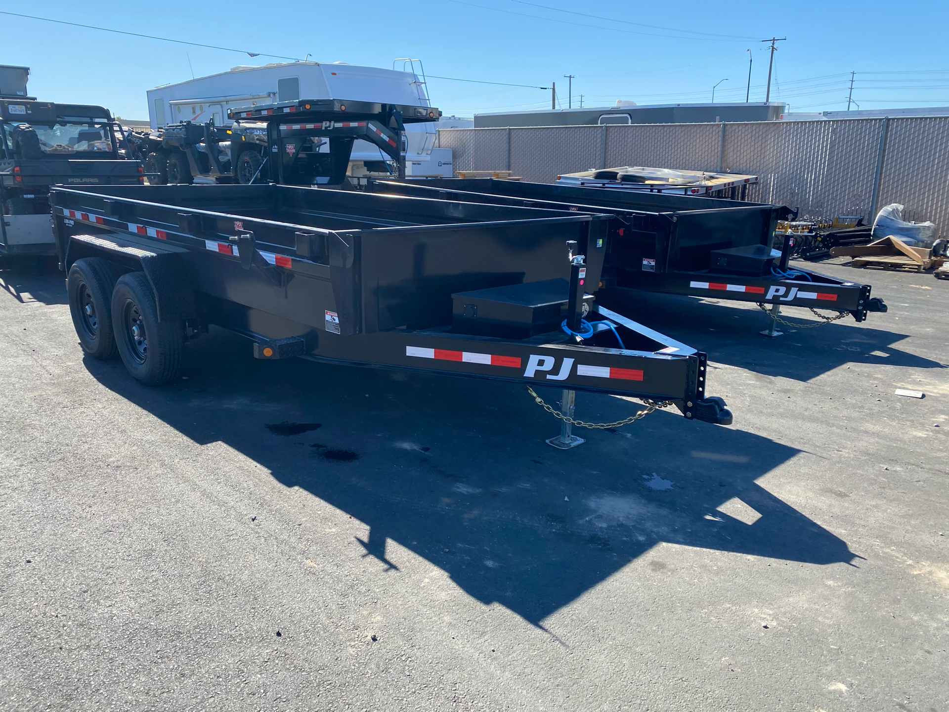 2021 PJ Trailers DG 83X14 LOW PRO DUMP in Elk Grove, California - Photo 8