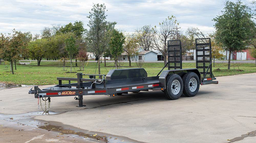 2018 MAXXD TRAILERS SKID STEER TRAILER in Elk Grove, California