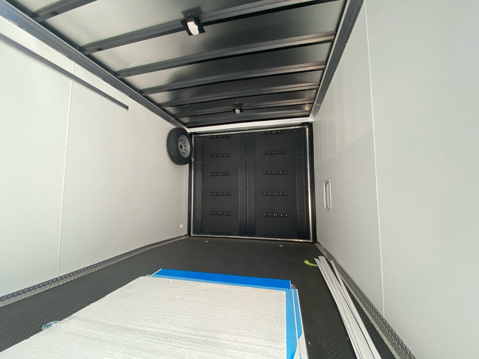 2021 Charmac Trailers 22' STEALTH SNOW SPORT in Elk Grove, California - Photo 6