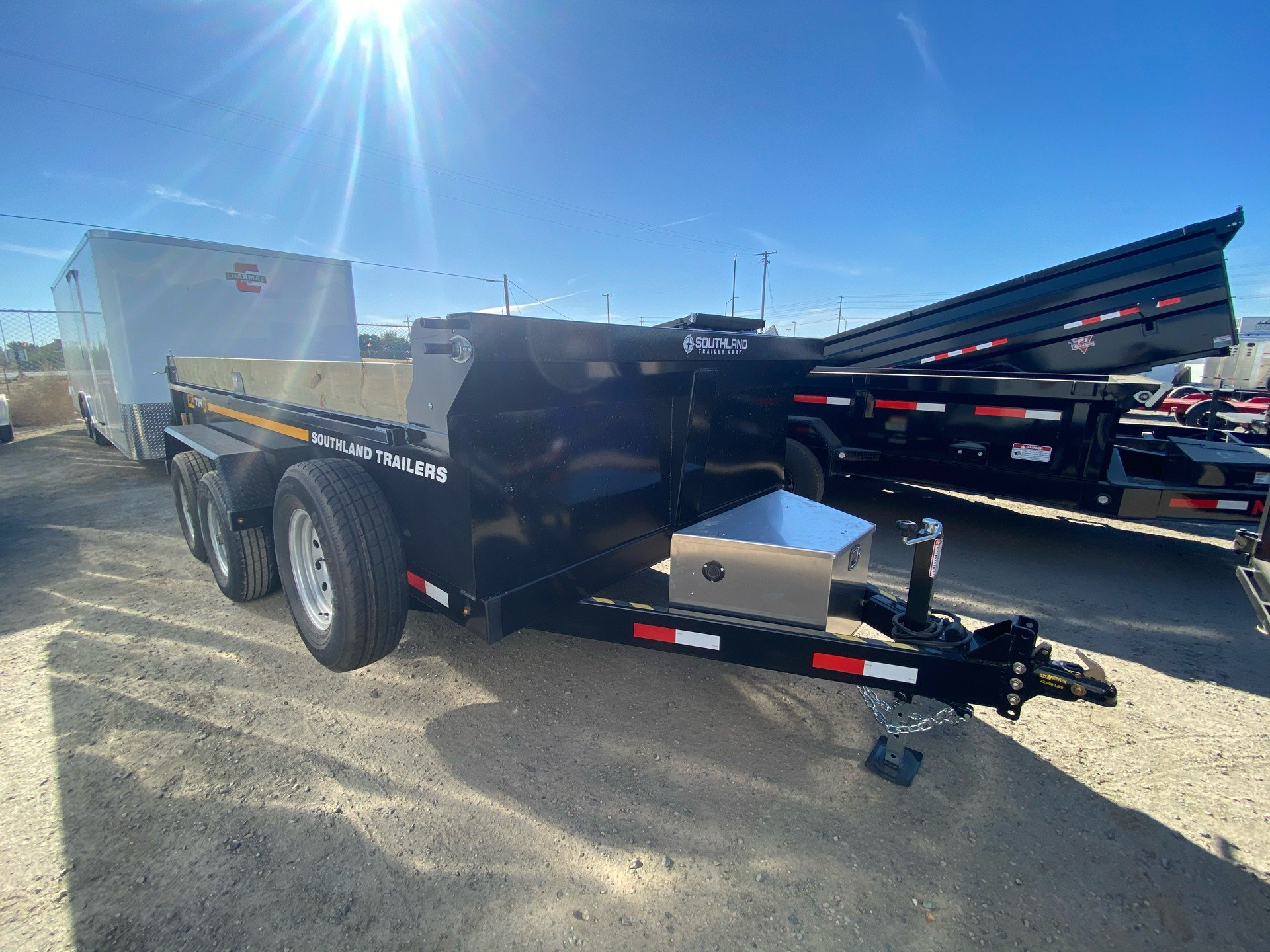 2021 SOUTHLAND TRAILER CORP SL714-16K DUMP in Elk Grove, California - Photo 4