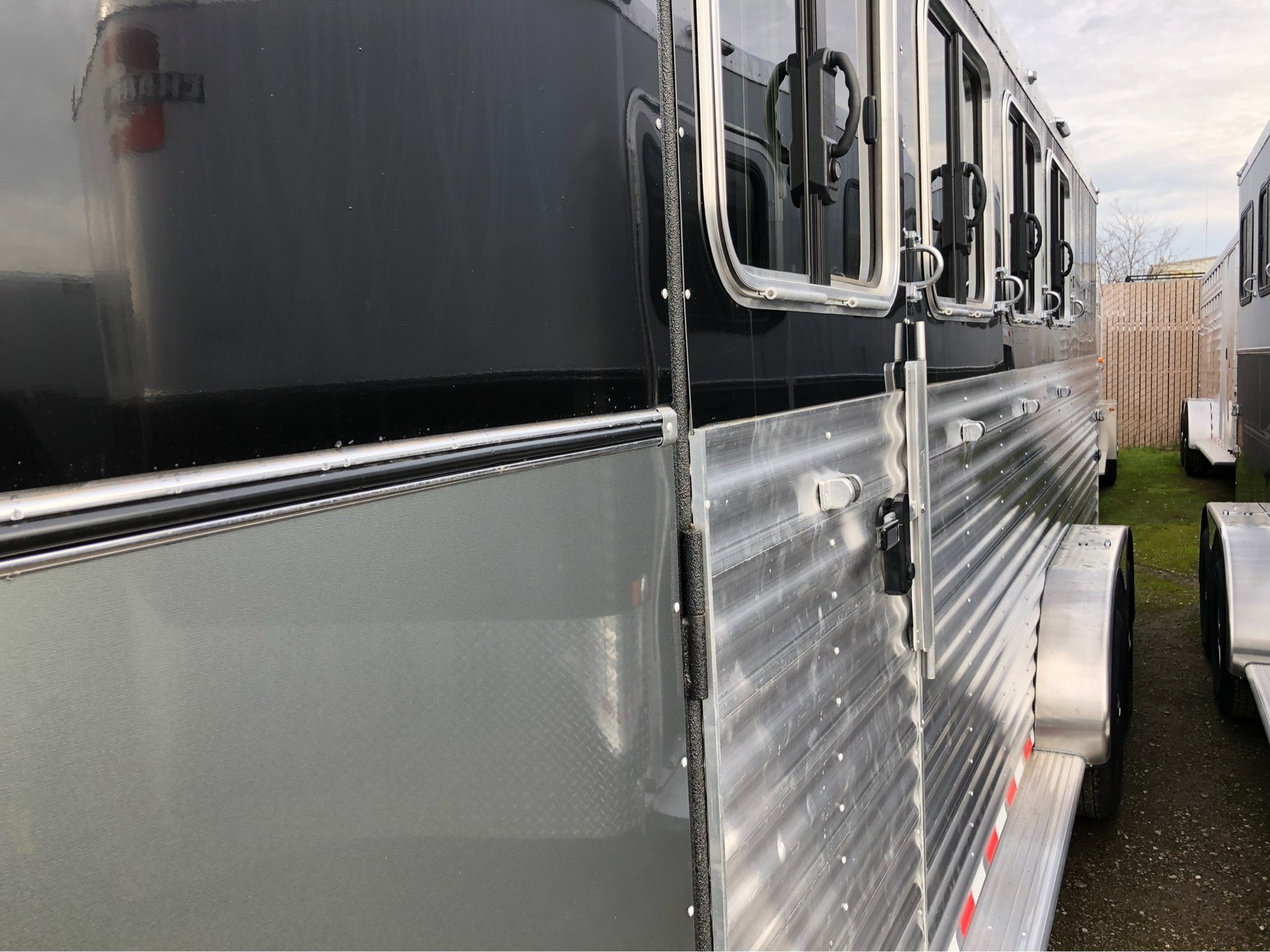 "2018 Charmac Trailers OUTLAW 4H GN 7' X 21'4""  in Elk Grove, California"