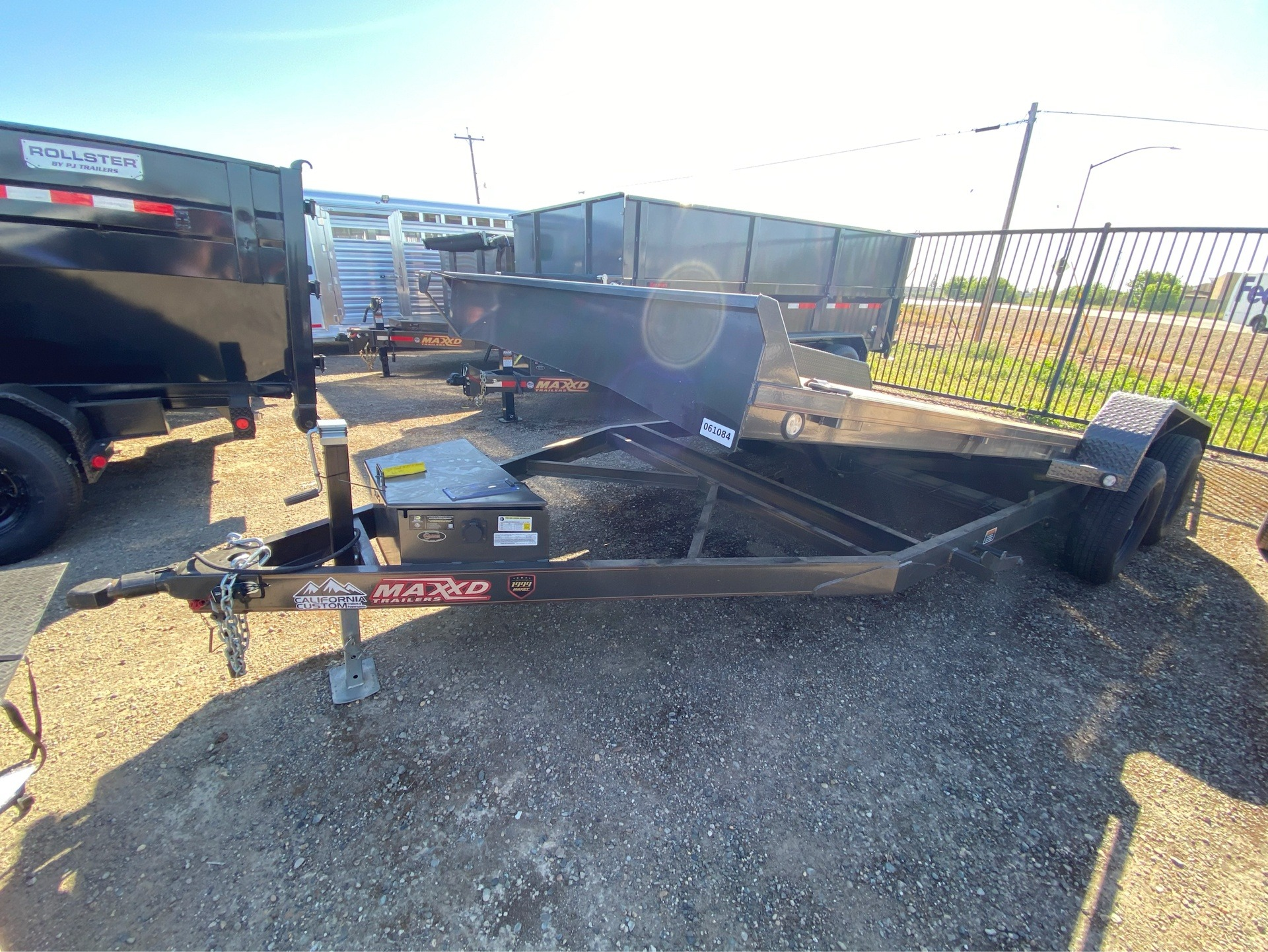 "2019 MAXXD TRAILERS 20' x 83"" 5"" CHANNEL POWER TILT in Elk Grove, California - Photo 8"