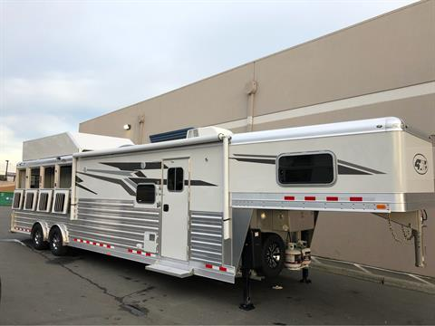2020 4-STAR TRAILERS 4 HORSE LQ 14FT SHORTWALL in Elk Grove, California