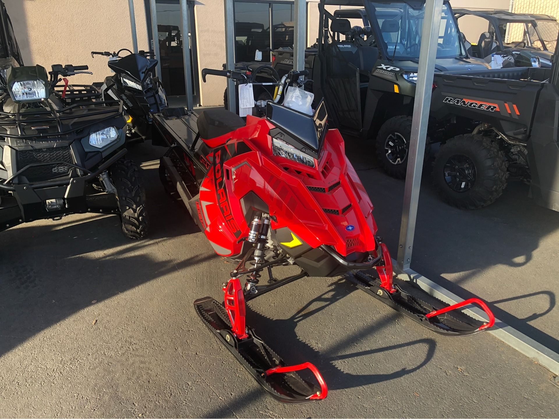 2020 Polaris 800 PRO RMK 163 SC 3 in. in Elk Grove, California - Photo 2