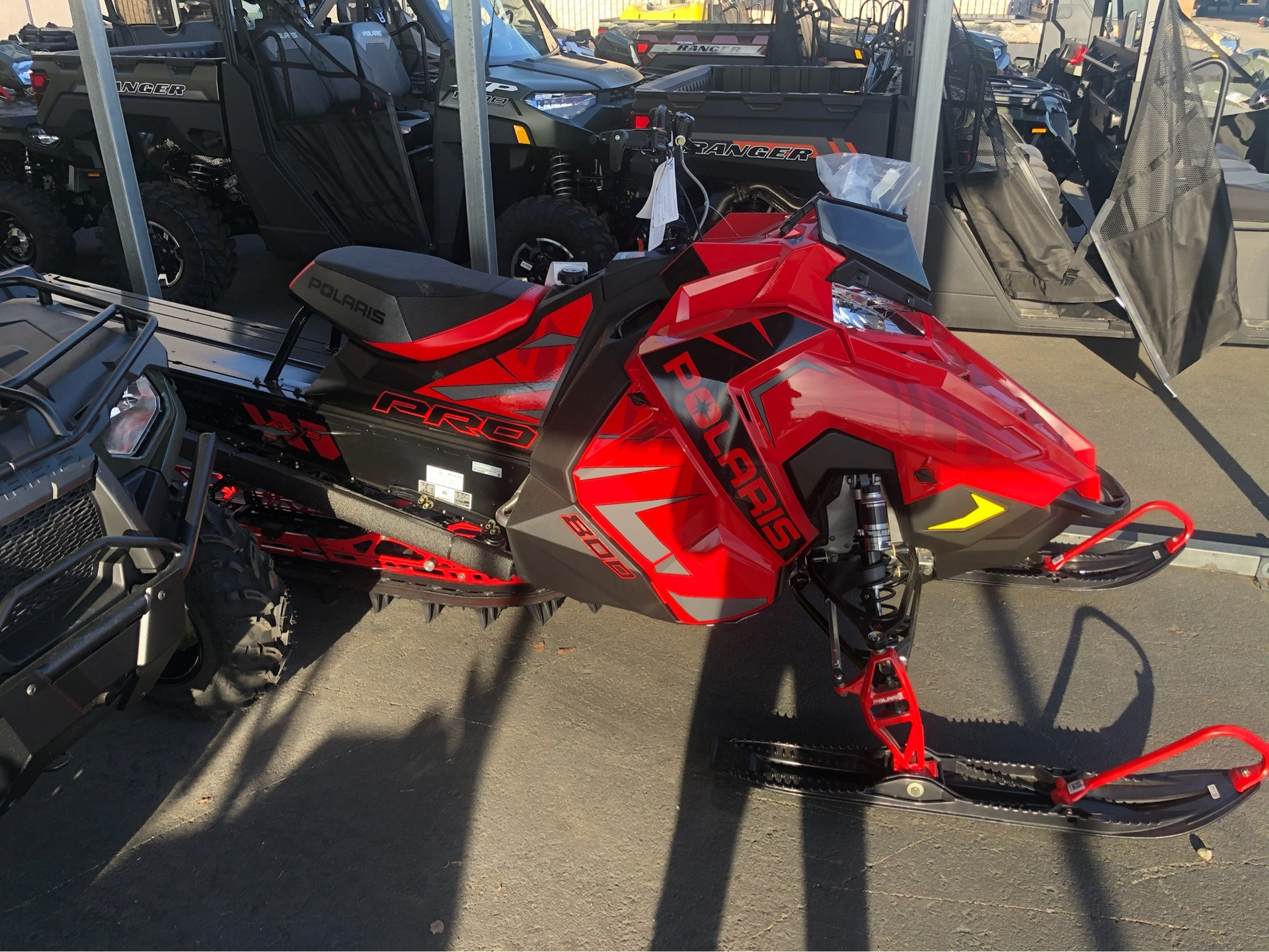 2020 Polaris 800 PRO RMK 163 SC 3 in. in Elk Grove, California - Photo 6
