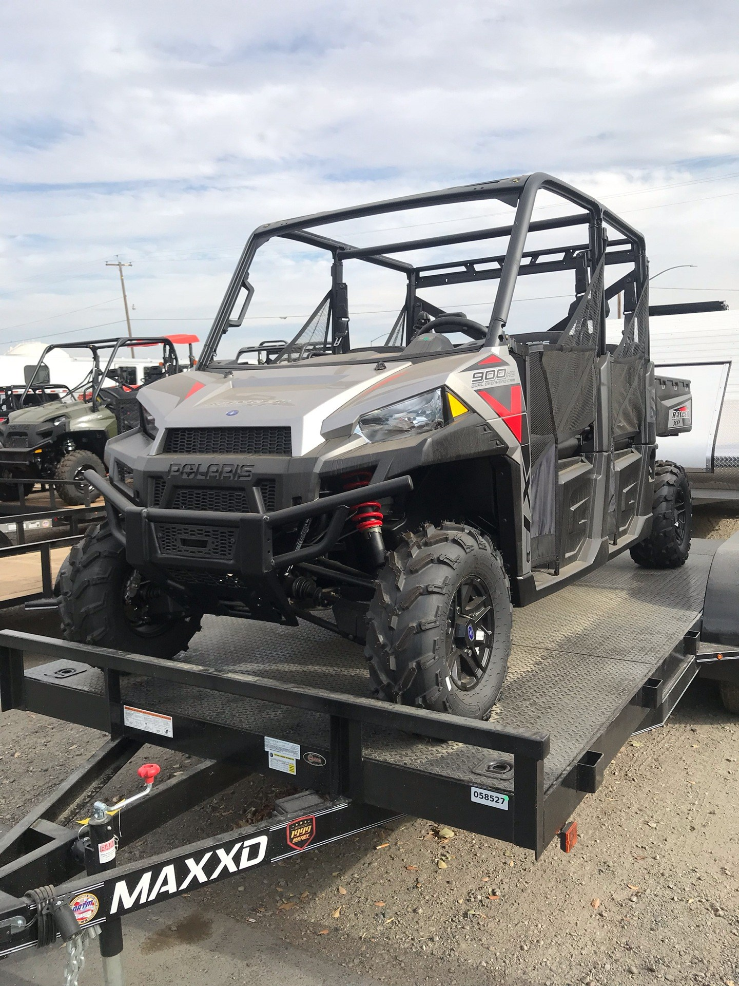 2019 Polaris Ranger Crew XP 900 EPS 1