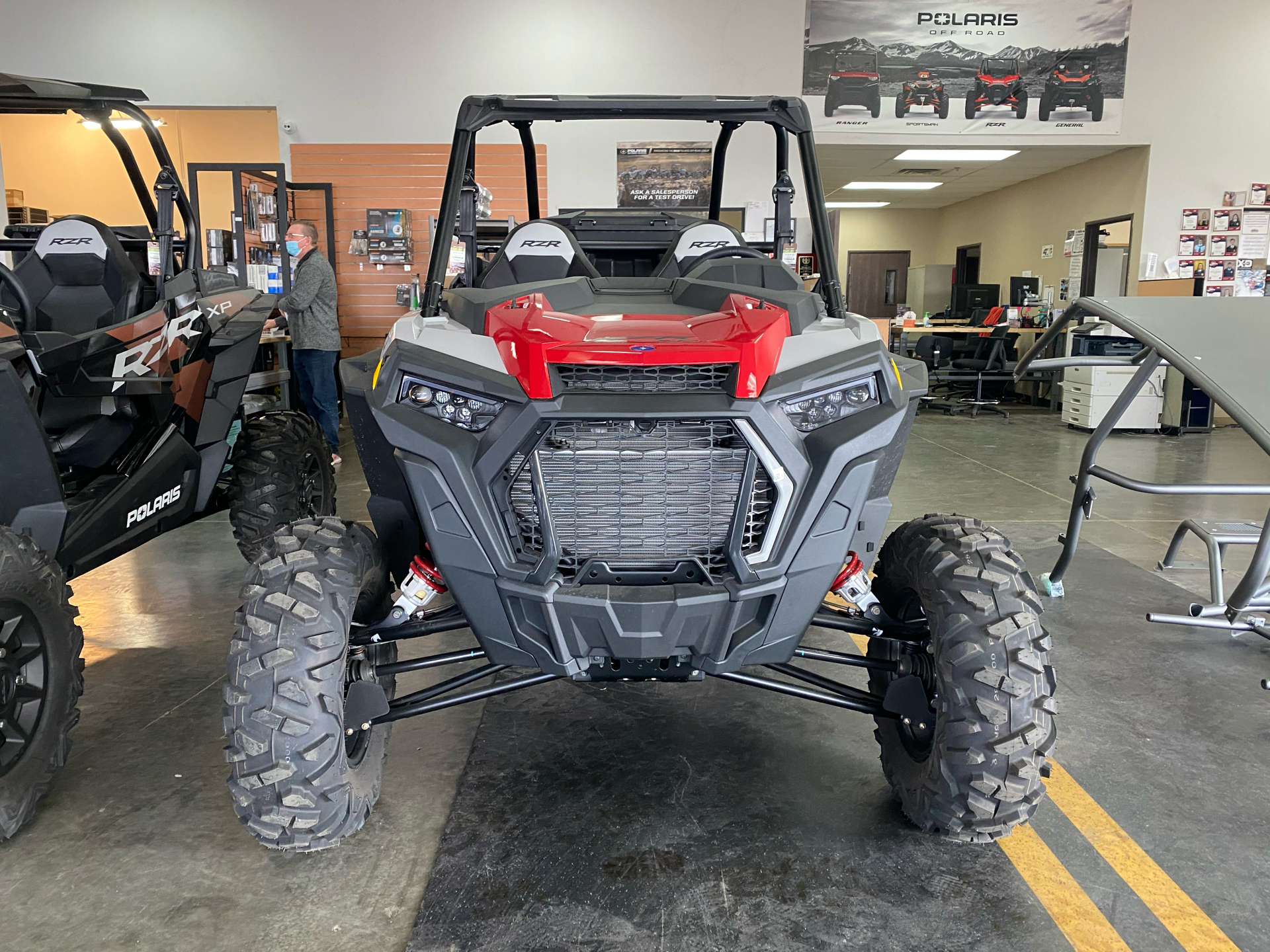 2021 Polaris RZR XP Turbo in Elk Grove, California - Photo 2
