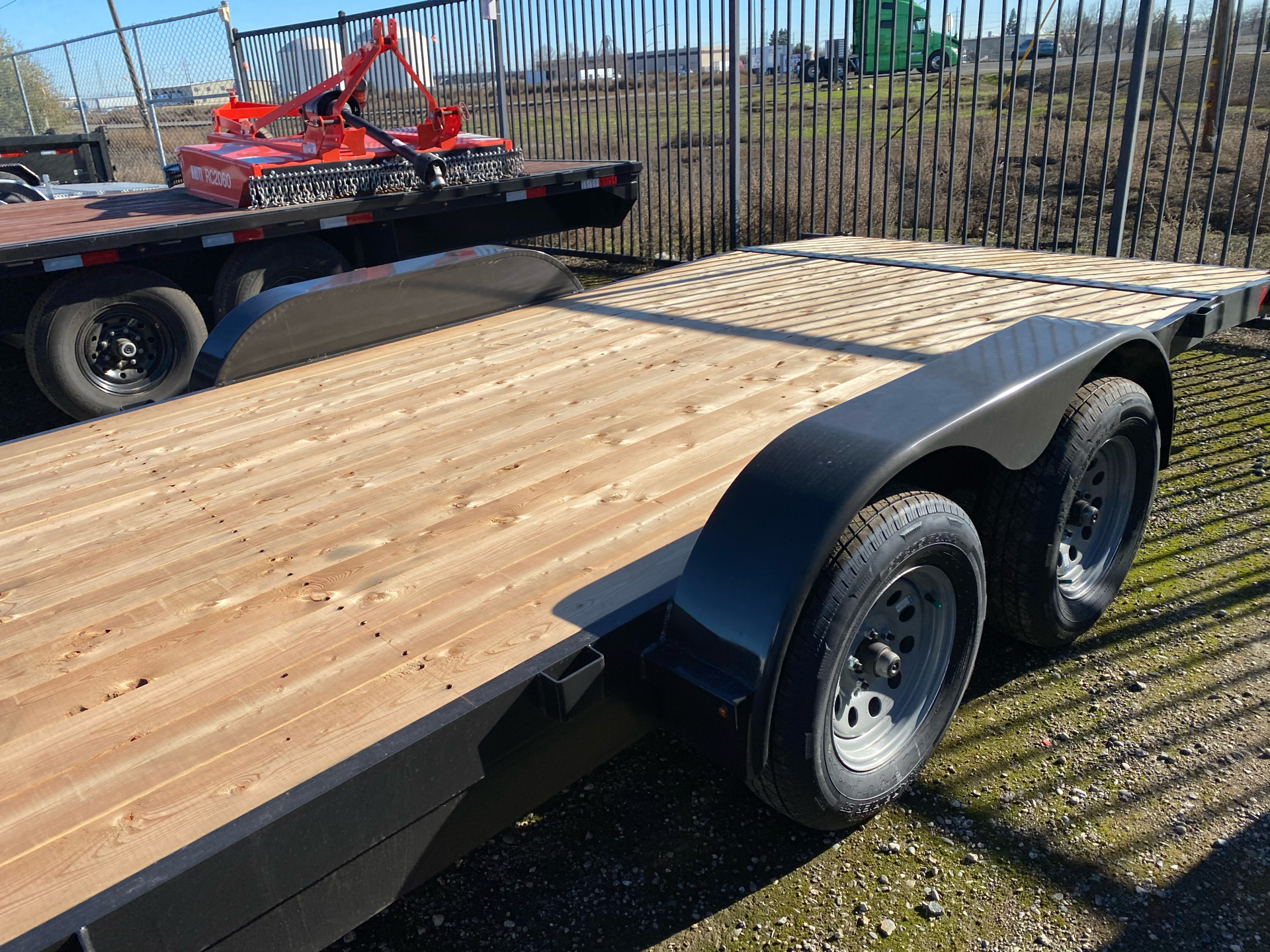 2021 SUMMIT TRAILER MFG 7X20 CASCADE CAR HAULER in Elk Grove, California - Photo 6