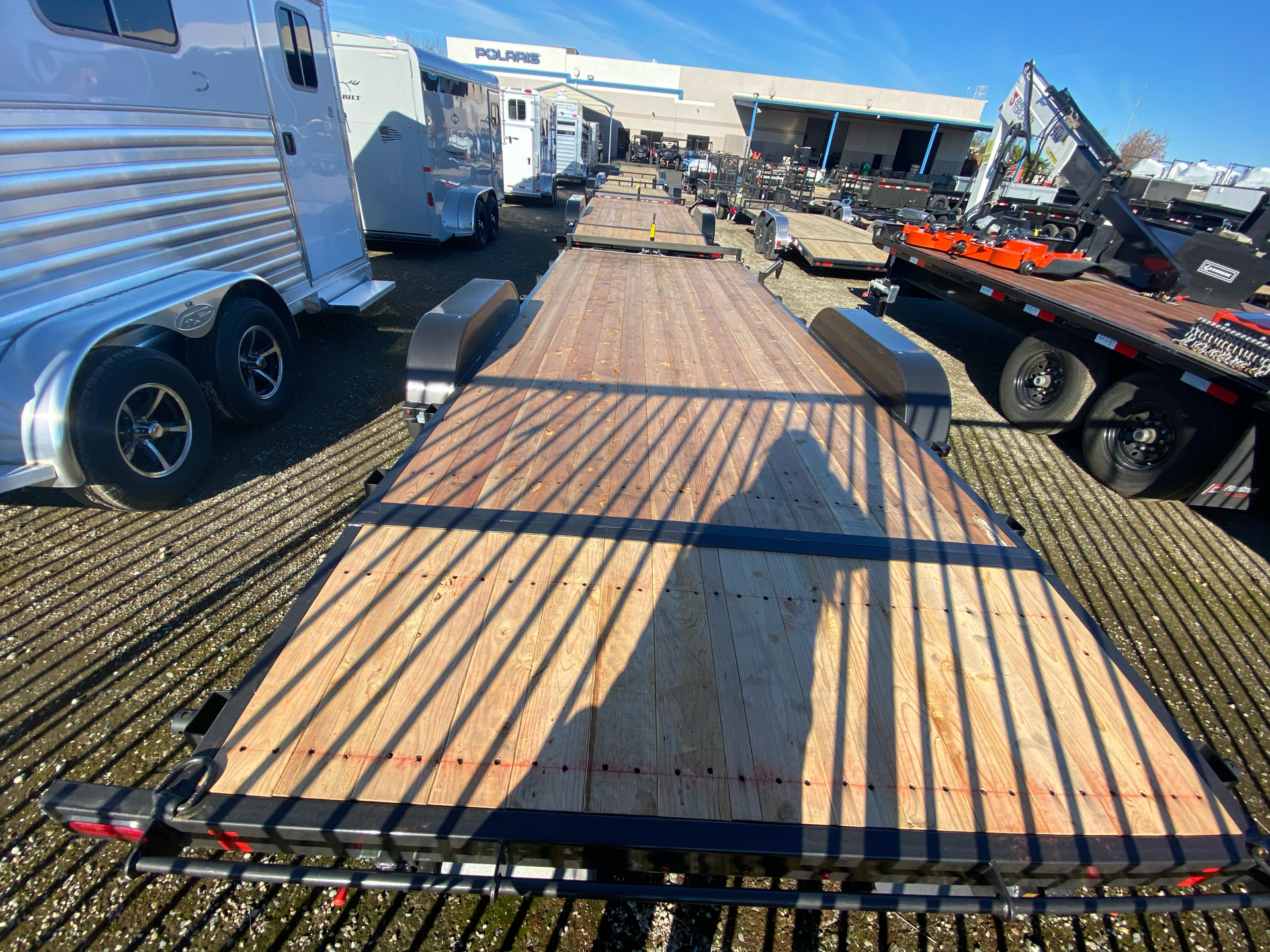 2021 SUMMIT TRAILER MFG 7X20 CASCADE CAR HAULER in Elk Grove, California - Photo 10
