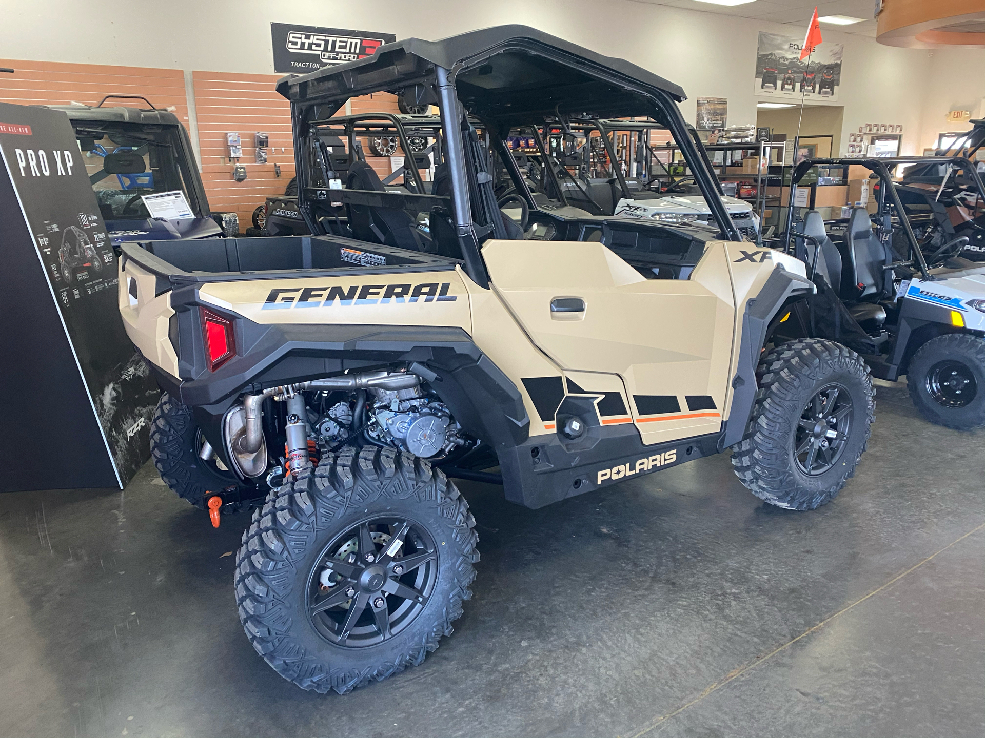 2021 Polaris General XP 1000 Deluxe Ride Command in Elk Grove, California - Photo 8