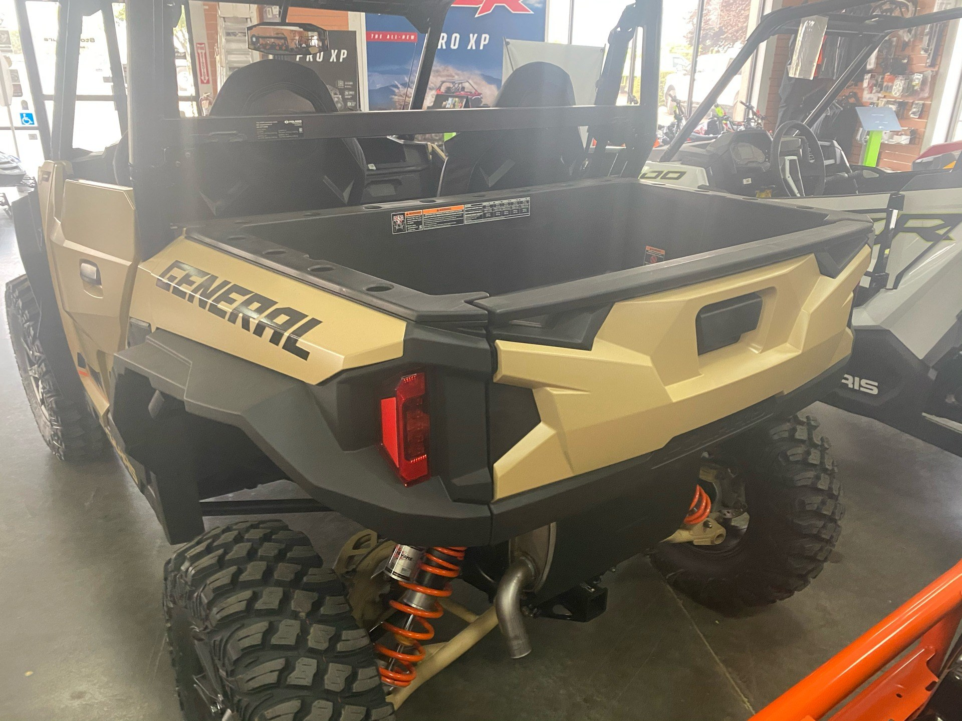 2021 Polaris General XP 1000 Deluxe Ride Command in Elk Grove, California - Photo 12