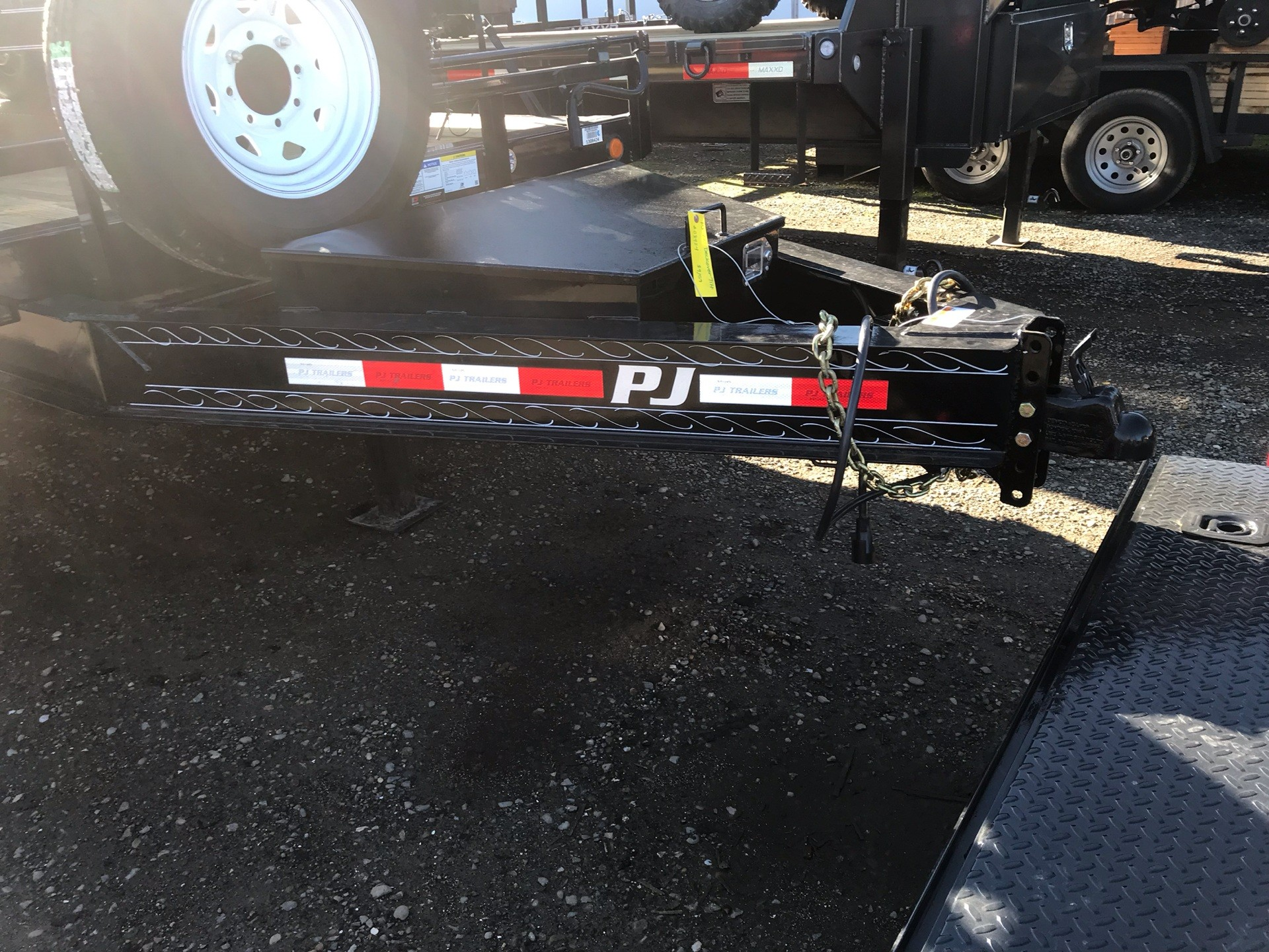 2019 PJ Trailers 22' DECKOVER TILT in Elk Grove, California - Photo 2