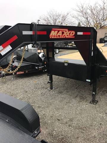 "2018 MAXXD TRAILERS 25'X102"" GN FLATBED WITH SINGLES in Elk Grove, California"