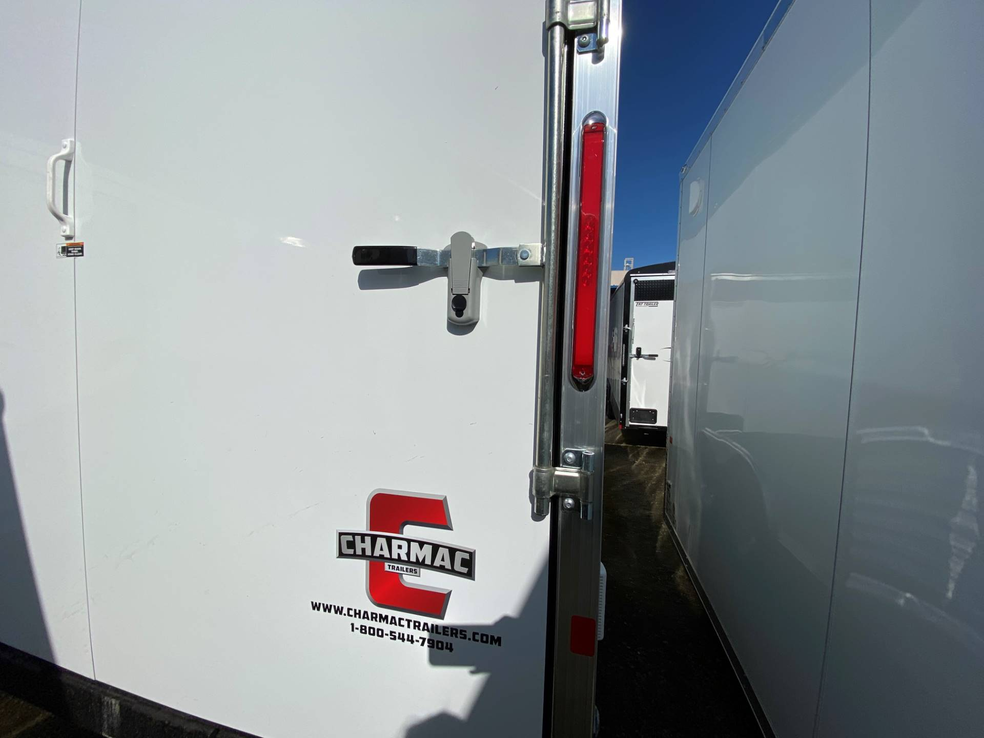 2020 Charmac Trailers 28' STEALTH TRI SPORT in Elk Grove, California - Photo 10