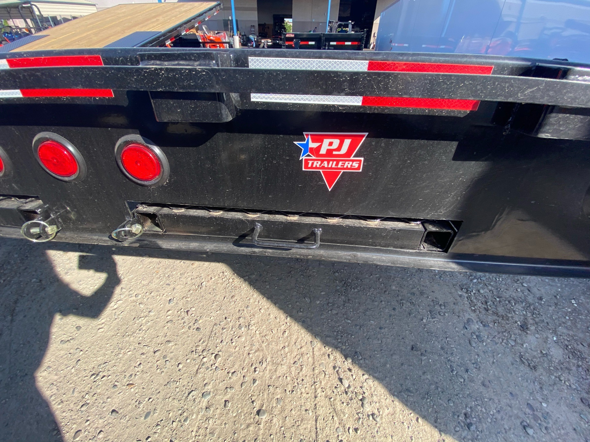"2021 PJ Trailers 20' MED. DUTY DECKOVER 6"" CHANNEL in Elk Grove, California - Photo 11"