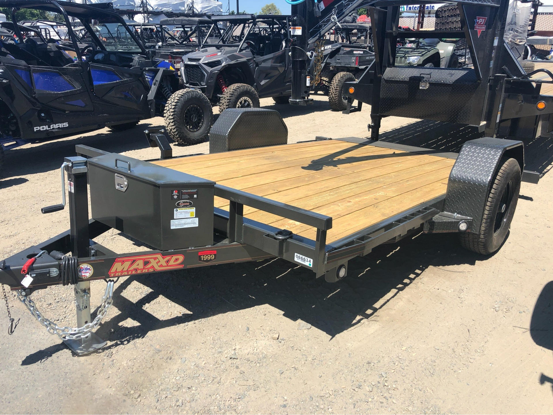 "2020 MAXXD TRAILERS 12' X 81"" 4"" GRAVITY TILT UTILITY TRAILER in Elk Grove, California - Photo 1"