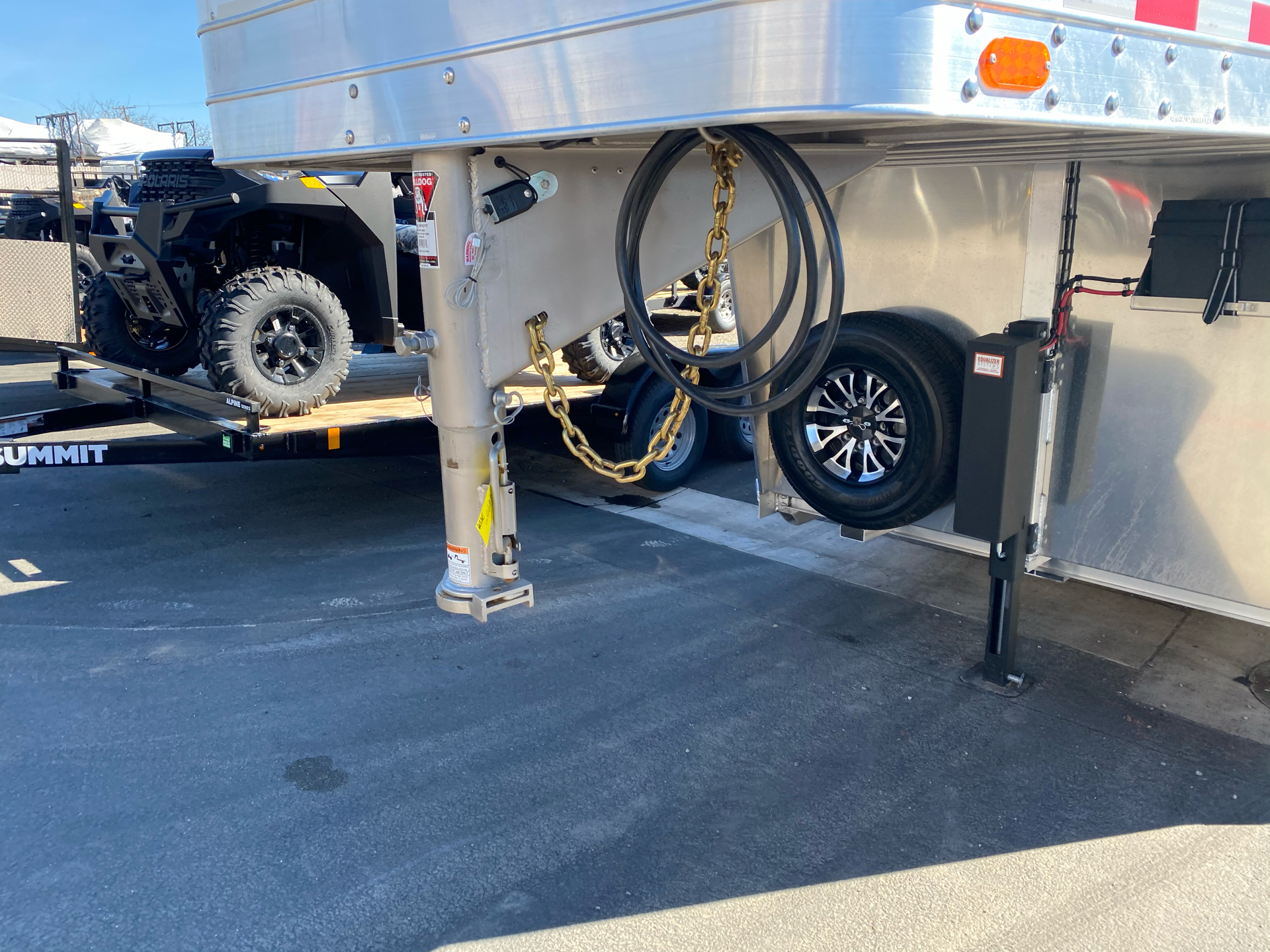 2022 4-STAR TRAILERS 7X24 DELUX STOCK COMBO W COWBOY TACK in Elk Grove, California - Photo 2