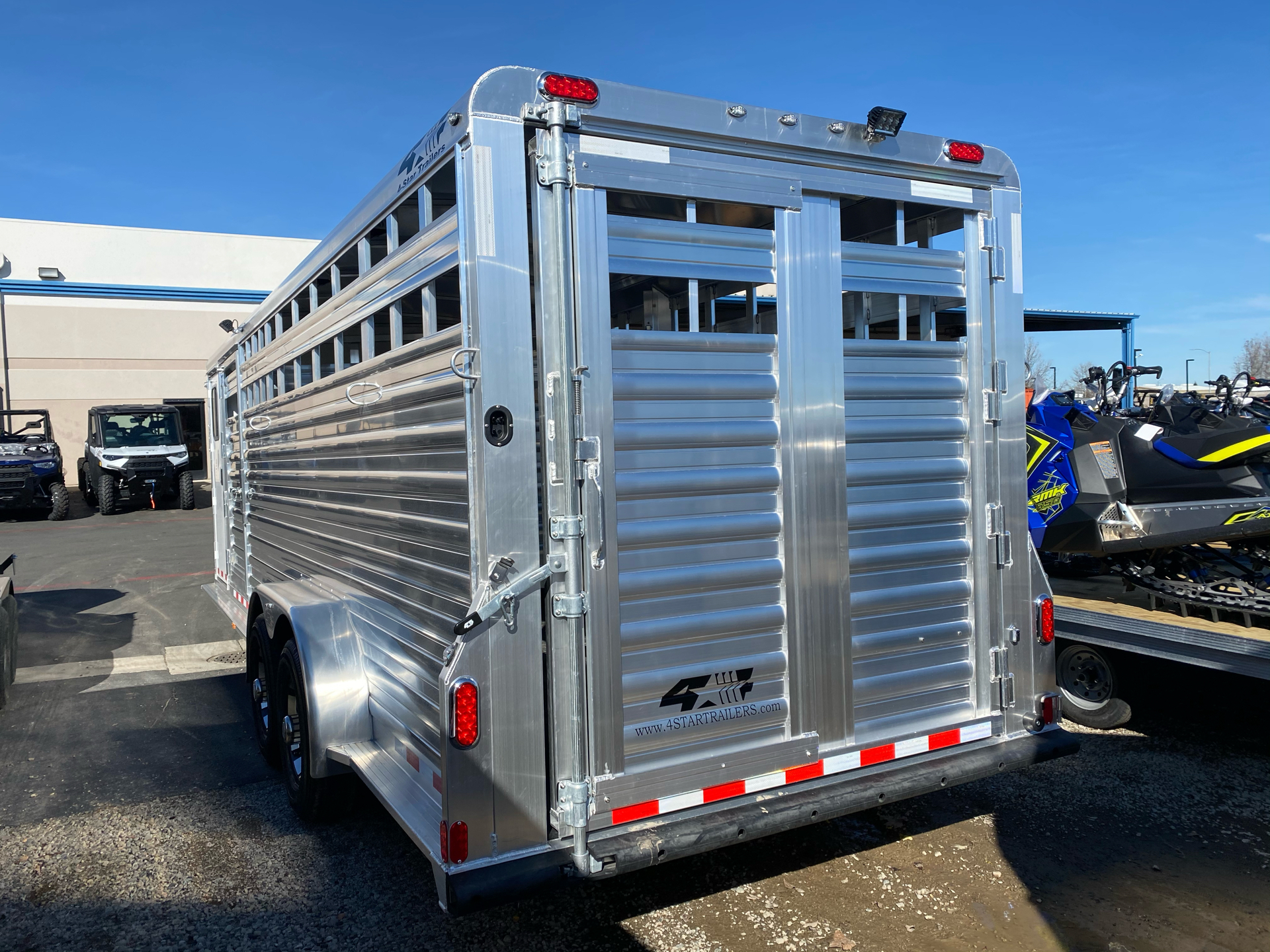 2022 4-STAR TRAILERS 7X24 DELUX STOCK COMBO W COWBOY TACK in Elk Grove, California - Photo 15