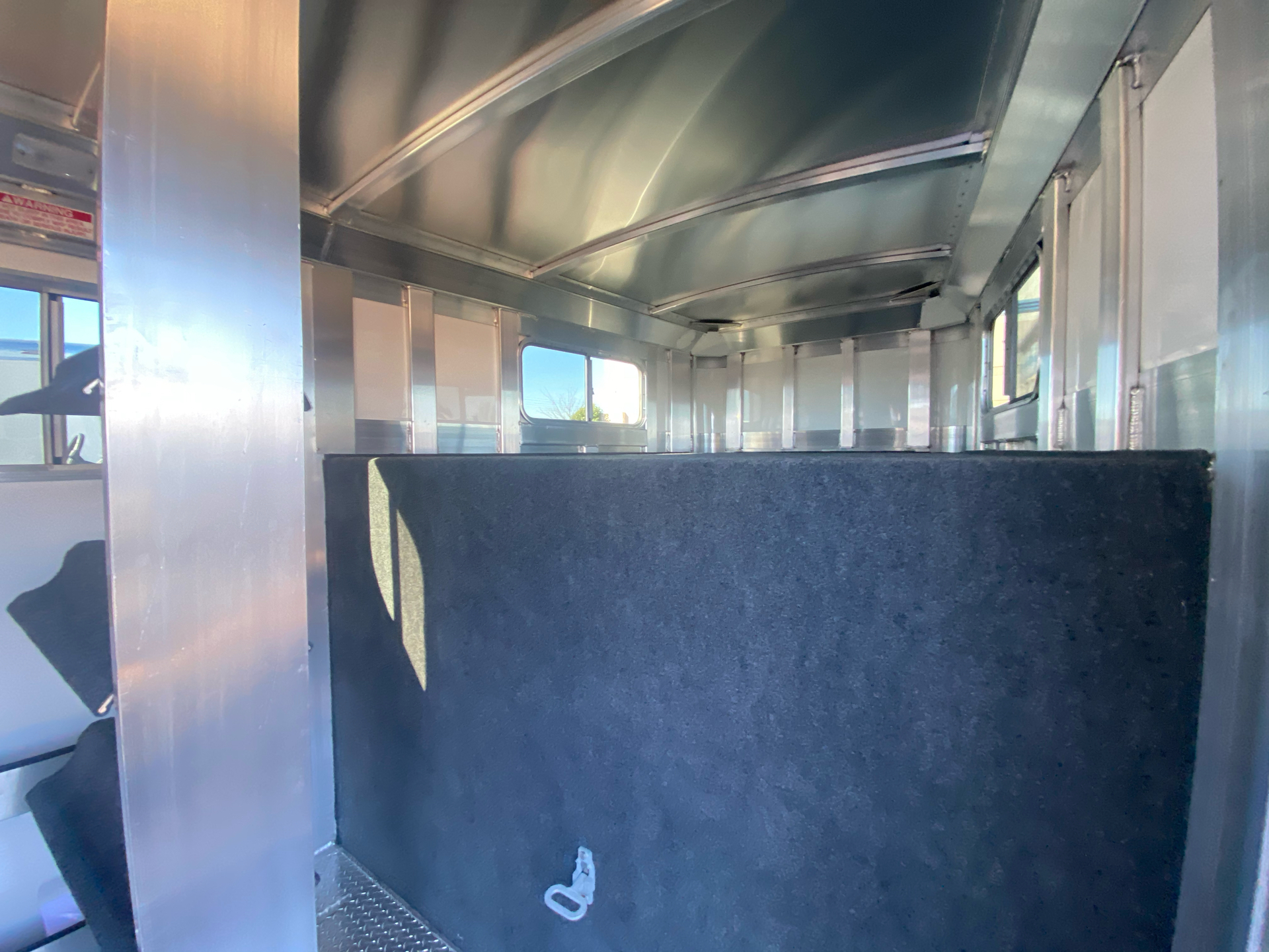 2022 4-STAR TRAILERS 7X24 DELUX STOCK COMBO W COWBOY TACK in Elk Grove, California - Photo 22
