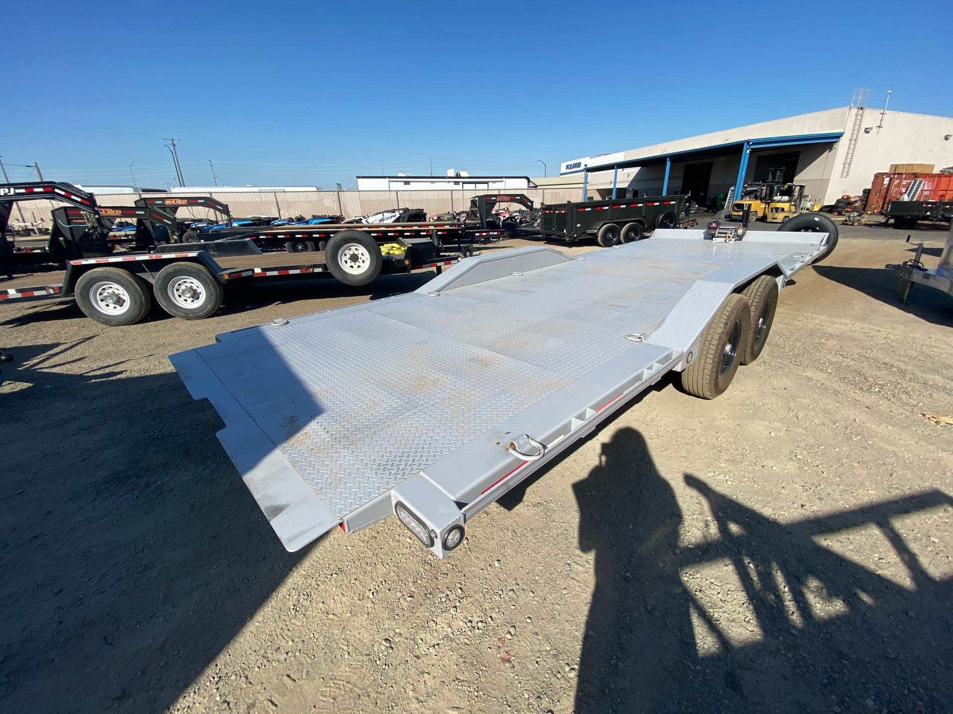 "2020 MAXXD TRAILERS 24' X 102"" CHANNEL POWER TILT in Elk Grove, California - Photo 9"