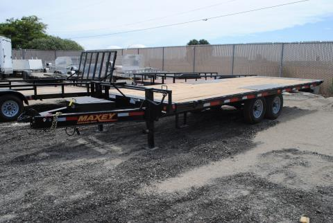 "2015 Maxey Trailers Mfg. Inc. 22'x102""  14k Deckover Tilt in Elk Grove, California"