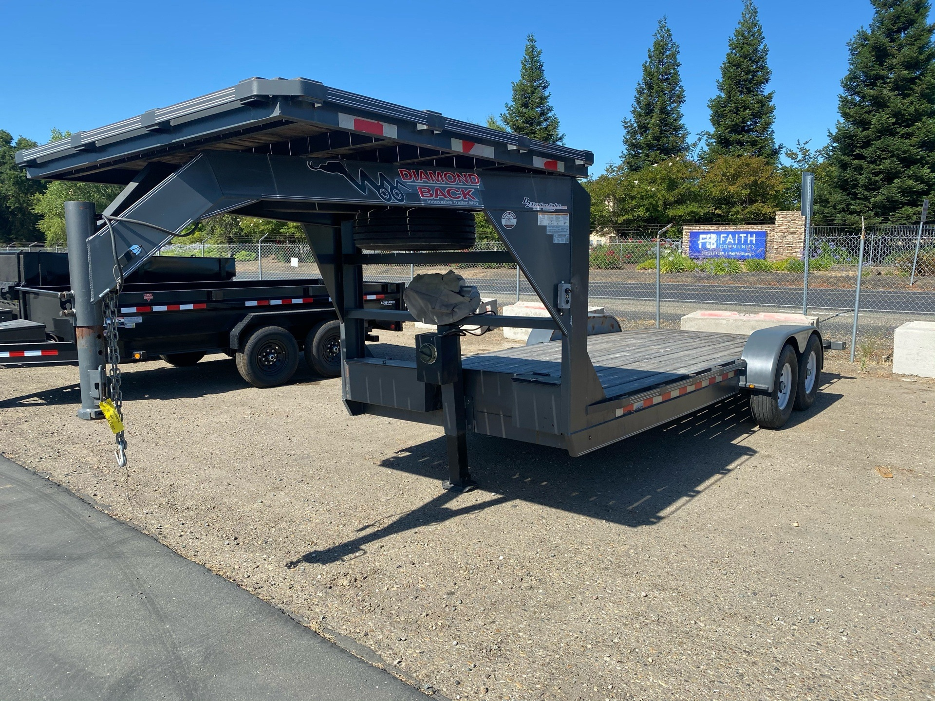 2015 Innovative Trailer Mfg 20' GN Diamond Back Trailer in Acampo, California - Photo 2