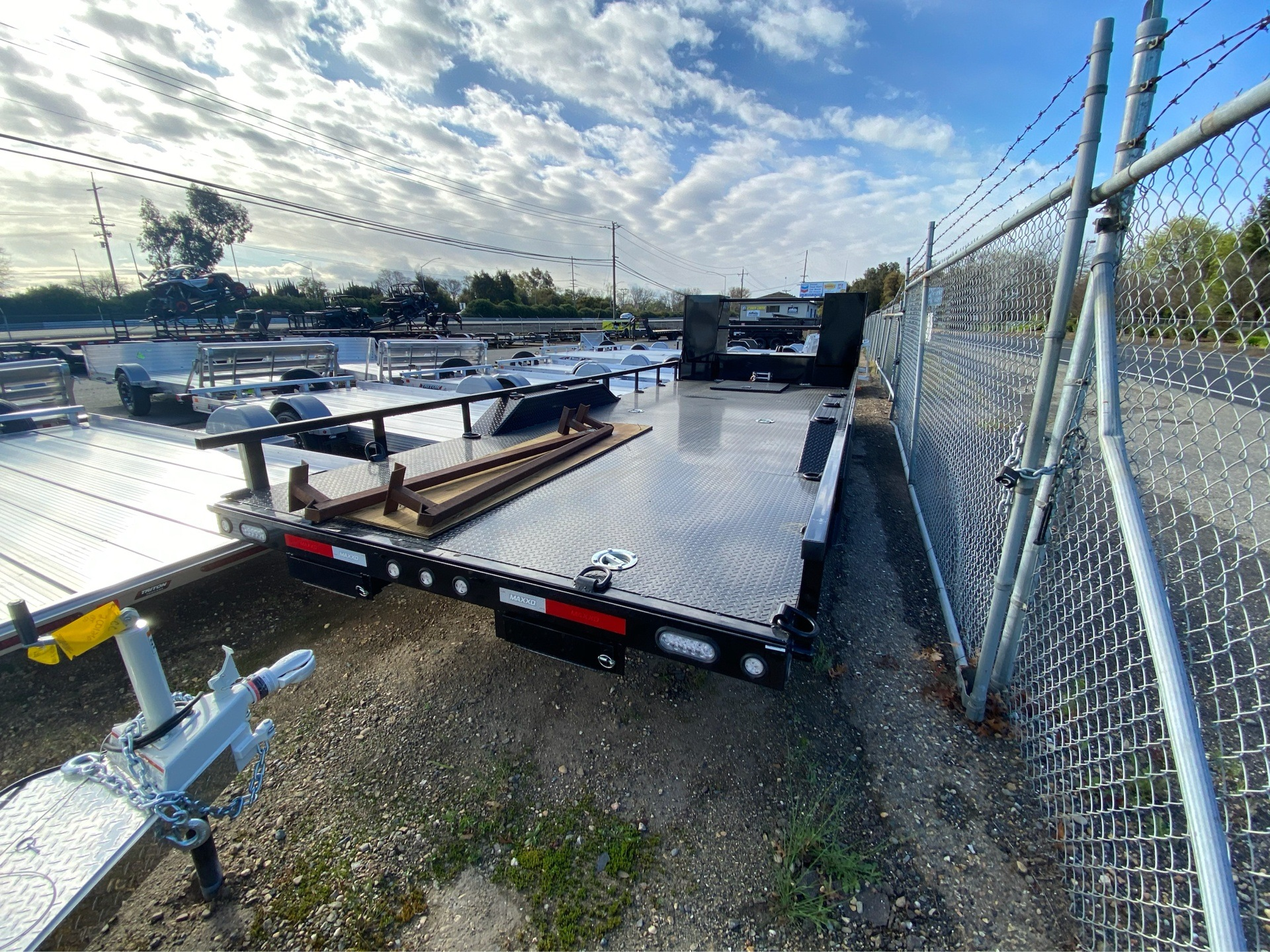 "2020 MAXXD TRAILERS 24' X 102"" 6"" CHANNEL BUGGY HAULER in Acampo, California - Photo 12"