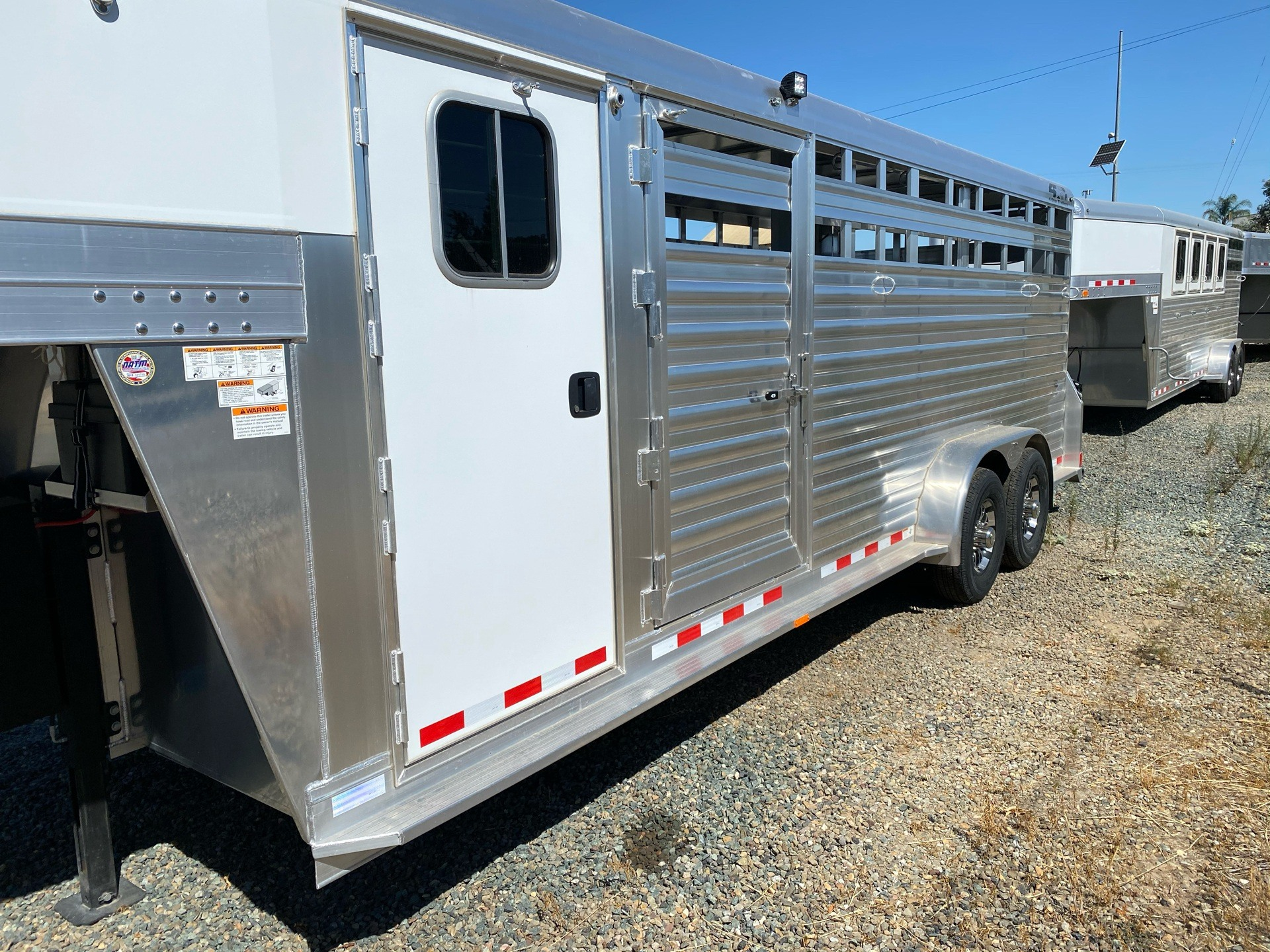 2020 4-Star Trailers 22' Stock Combo w/ Cowboy Tack in Acampo, California - Photo 4